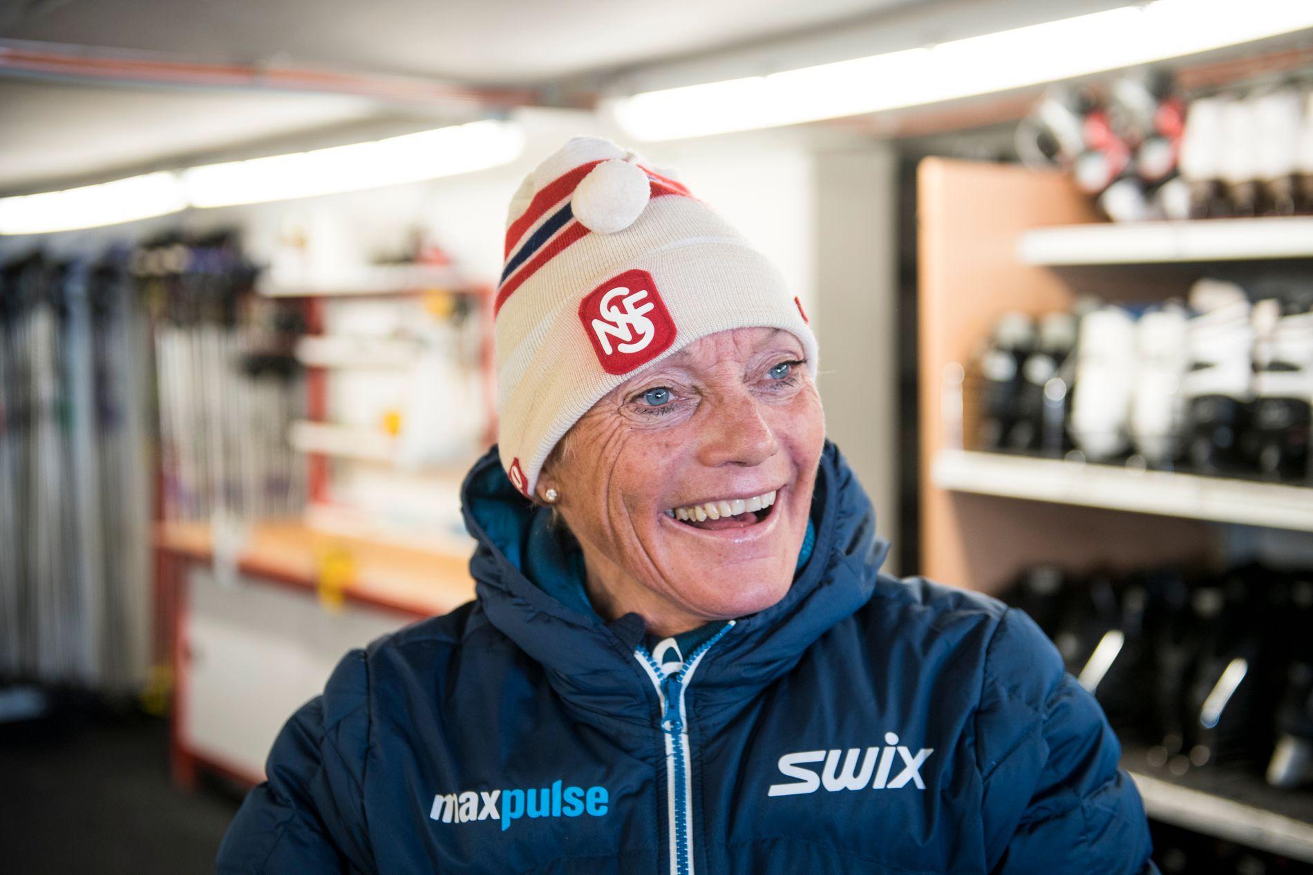 Anette Bøe er alltid velkommen i Seefeld. Hun kjenner mange i VM-landsbyen.