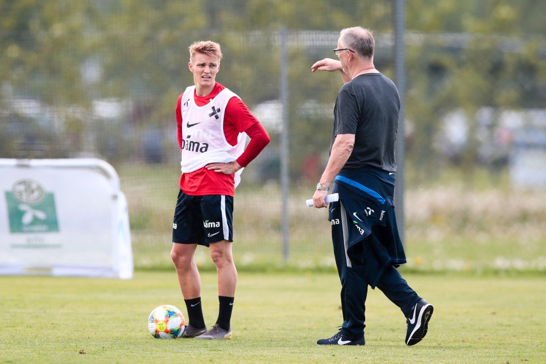 Martin Ødegaard under torsdagens landslagstrening  i Lillestrøm.