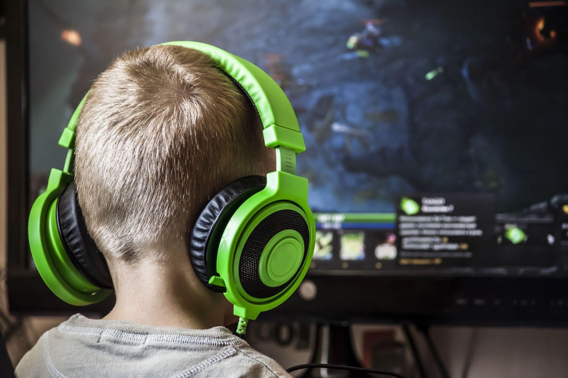IKKE BARE USUNT: Barn og unge spiller først og fremst for underholdningens del, og det har stor verdi i seg selv. På samme måte som voksne trenger å koble av etter en hektisk hverdag, behøver også barn tid med interessene sine.