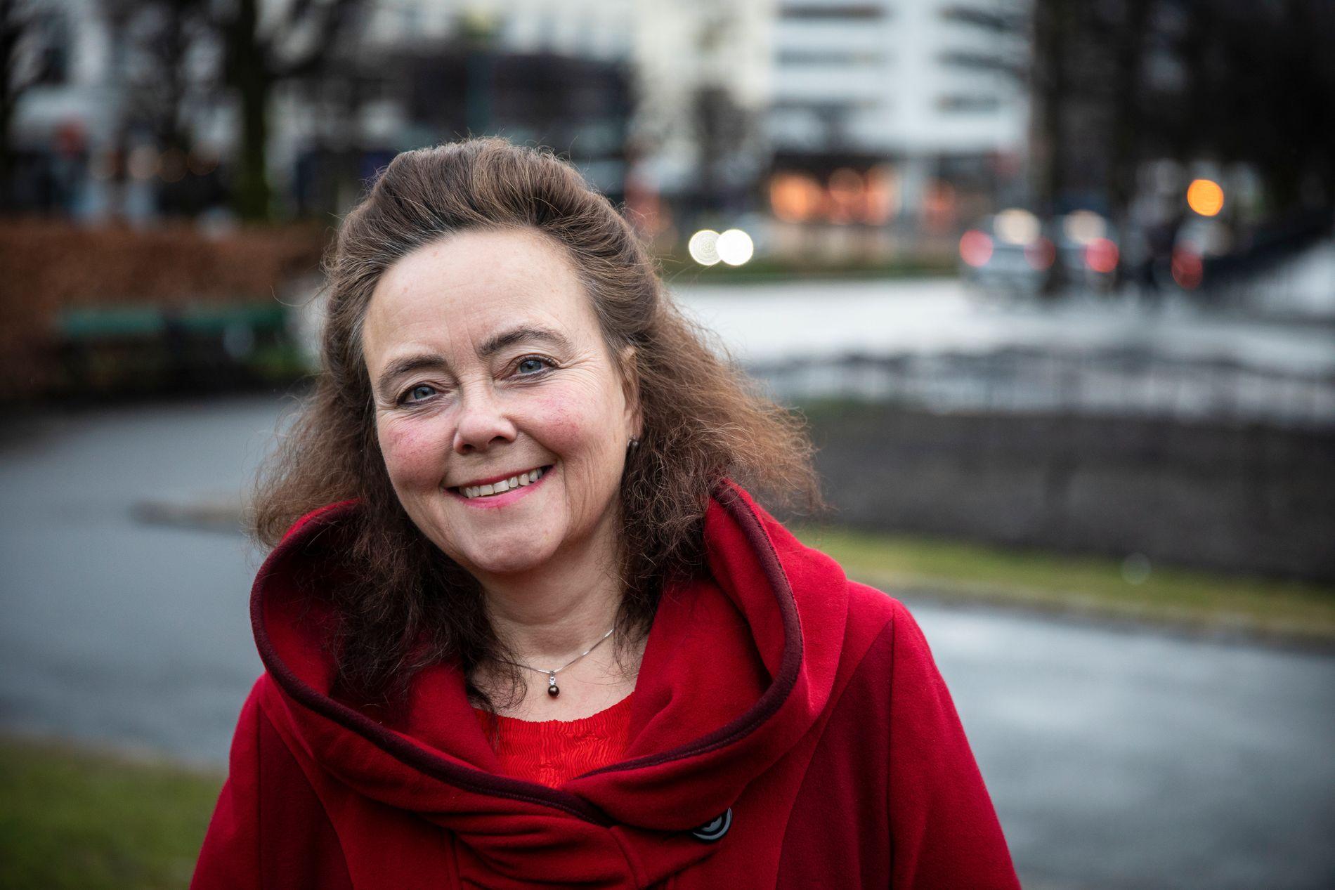 FOR LAV KAPASITET: «Superbuss-konseptet» anbefales ikke i Bergen, blant annet fordi den har for lav kapasitet pr. buss. Bybane er den eneste måten å tilrettelegge for et kollektivtilbud med tilstrekkelig kapasitet, skriver byråd for byutvikling, Anna Elisa Tryti (Ap).