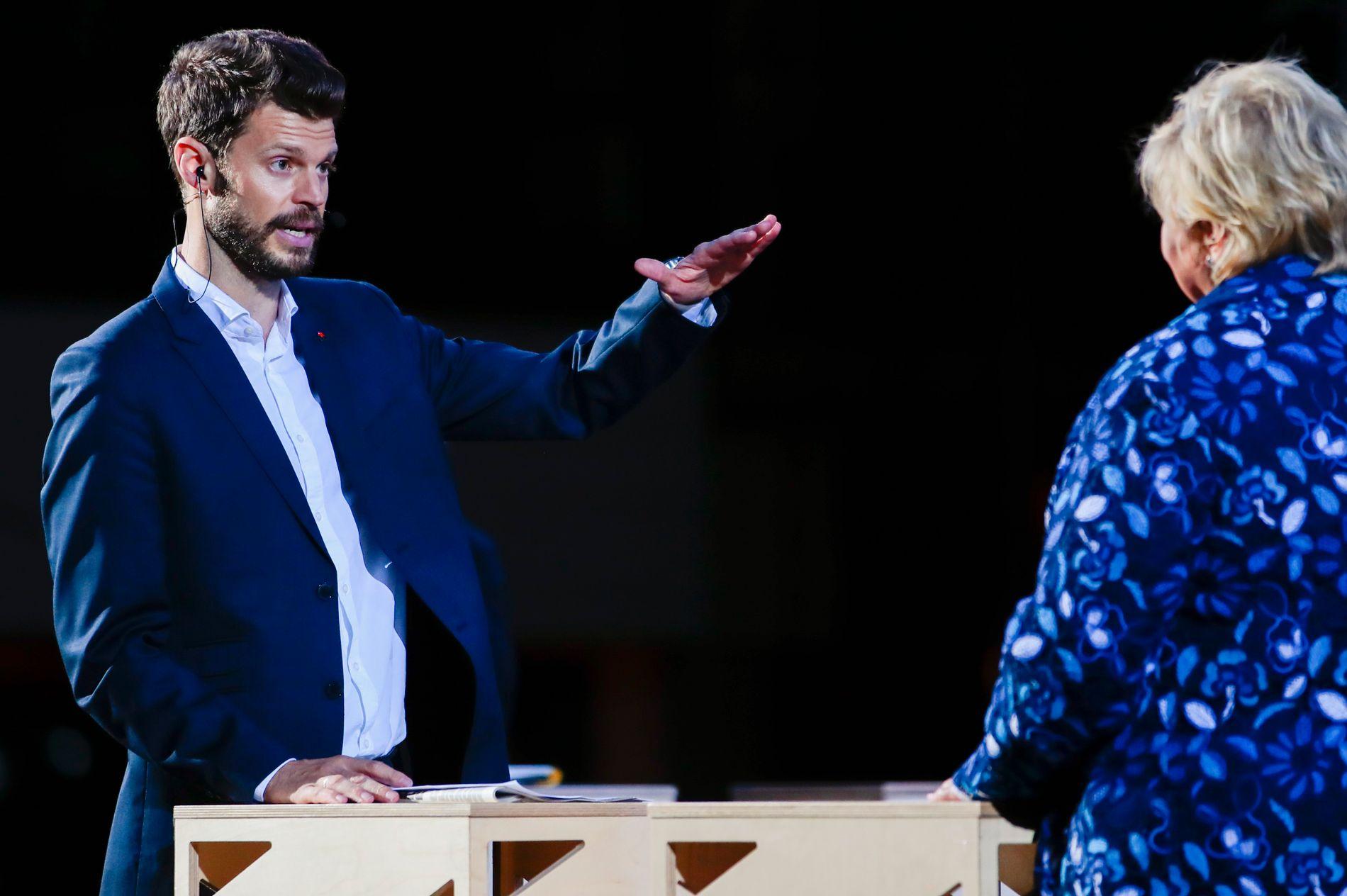 ARENDAL: Bjørnar Moxnes (Rødt) og Erna Solberg (H) under partilederdebatten.