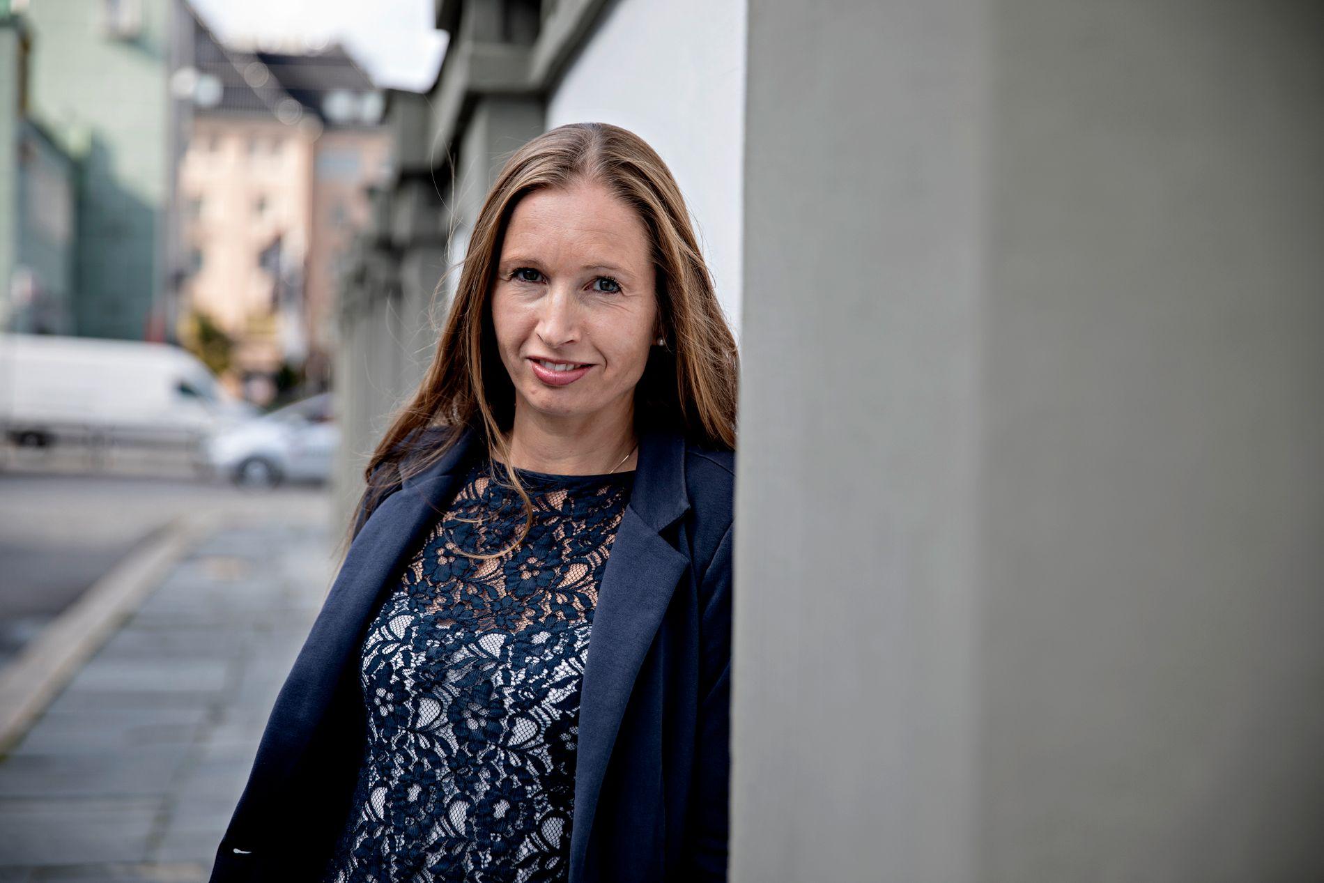 BYUTVIKLING: Vi trenger politikere som tør si nei til dem som vil holde liv i gamle synder, skriver Julie Andersland (V).