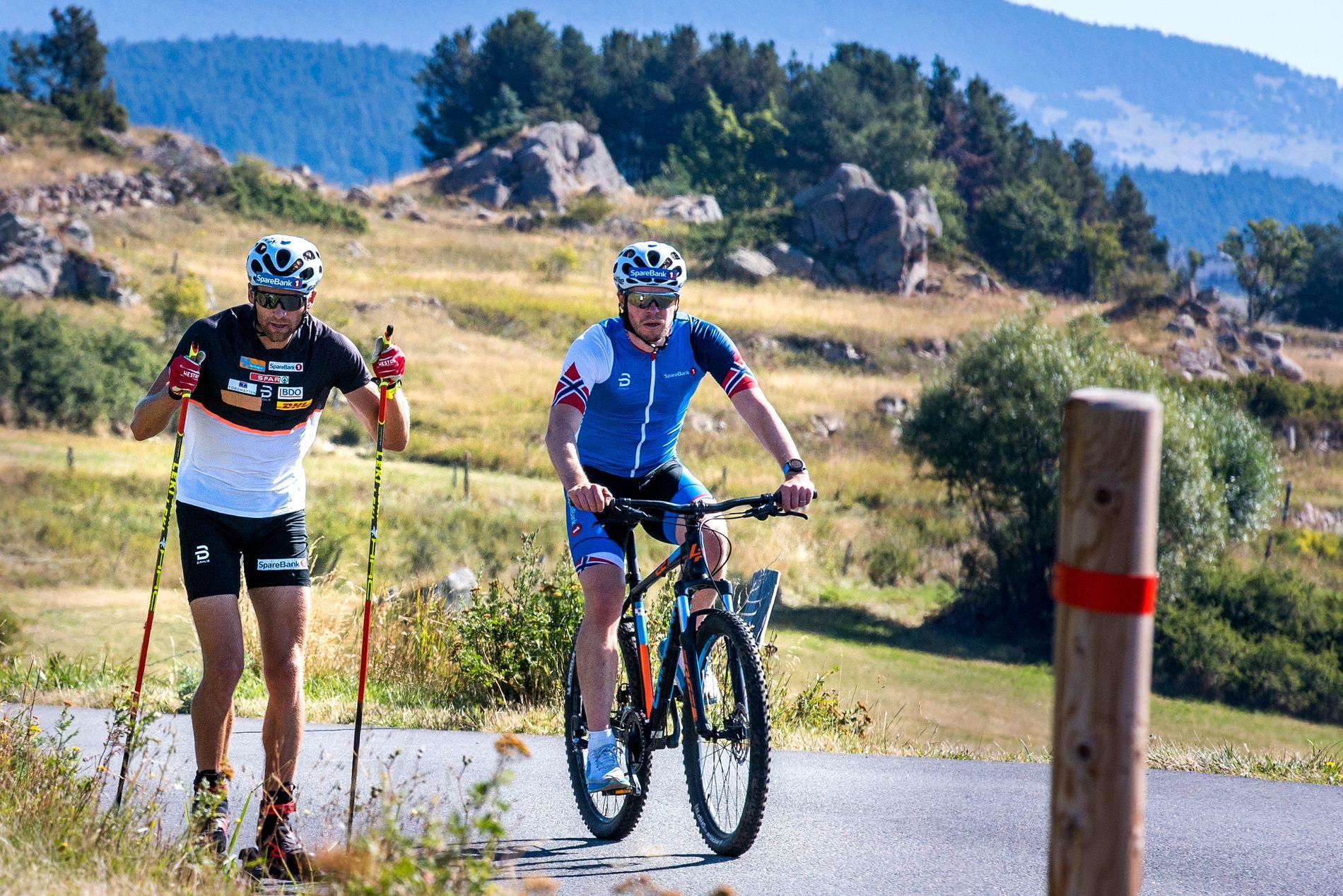 Eirik Myhr Nossum ute på trening sammen med Niklas Dyrhaug i Font Romeu på 1800 meters høyde. Det er her norske langrennsløpere skal skaffe seg erfaring og kunnskap om Beijing-høyde.
