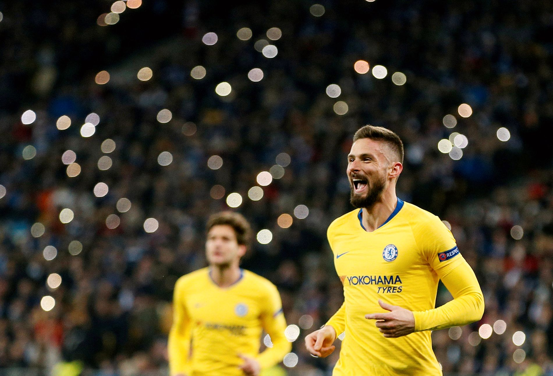 SIKKERT VIDERE: Olivier Giroud var i scoringshumør for Chelsea i Ukraina.