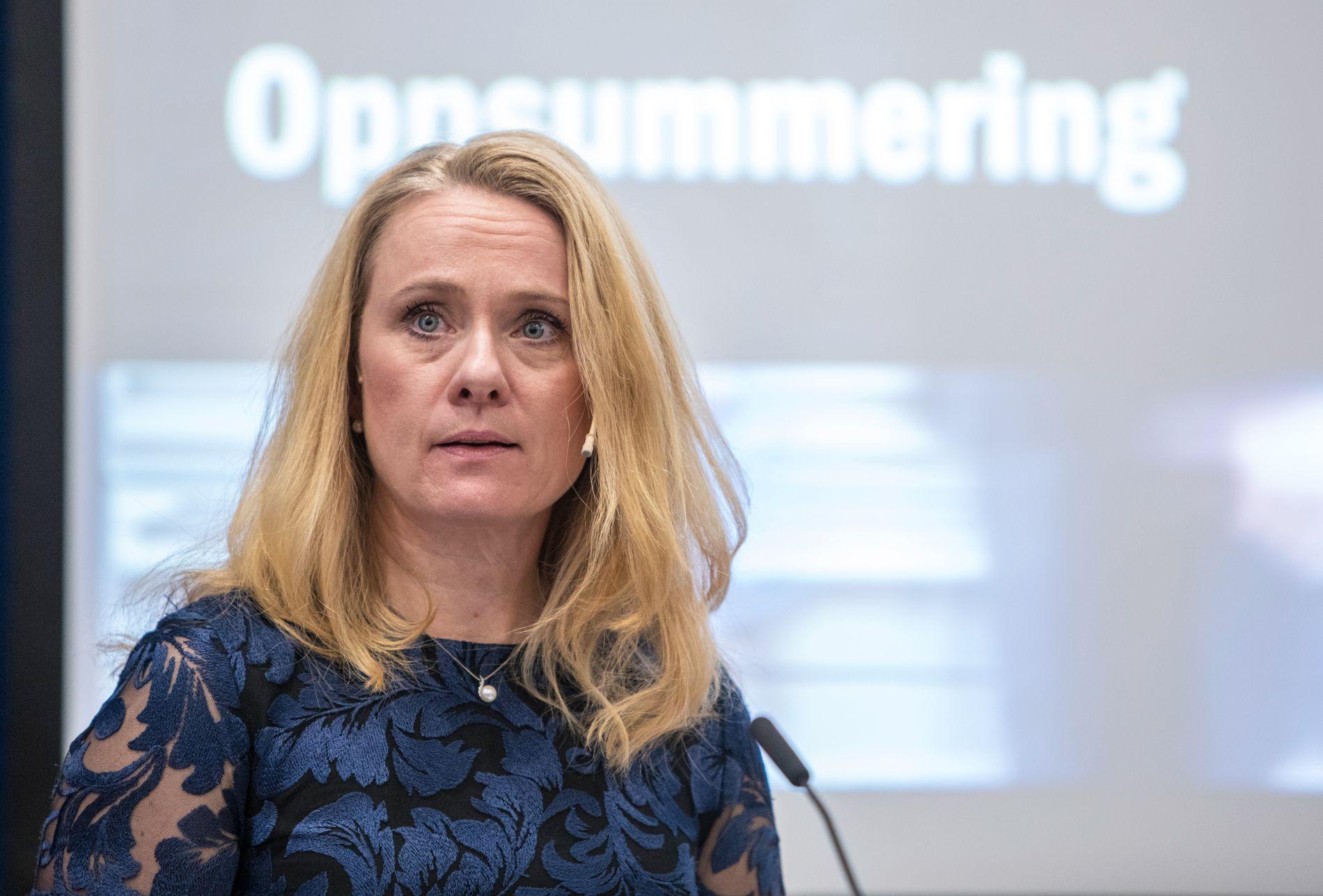 Arbeids- og sosialminister Anniken Hauglie (H) ser ikke noe annet valg enn å stanse sykehusstreiken med tvungen lønnsnemnd.