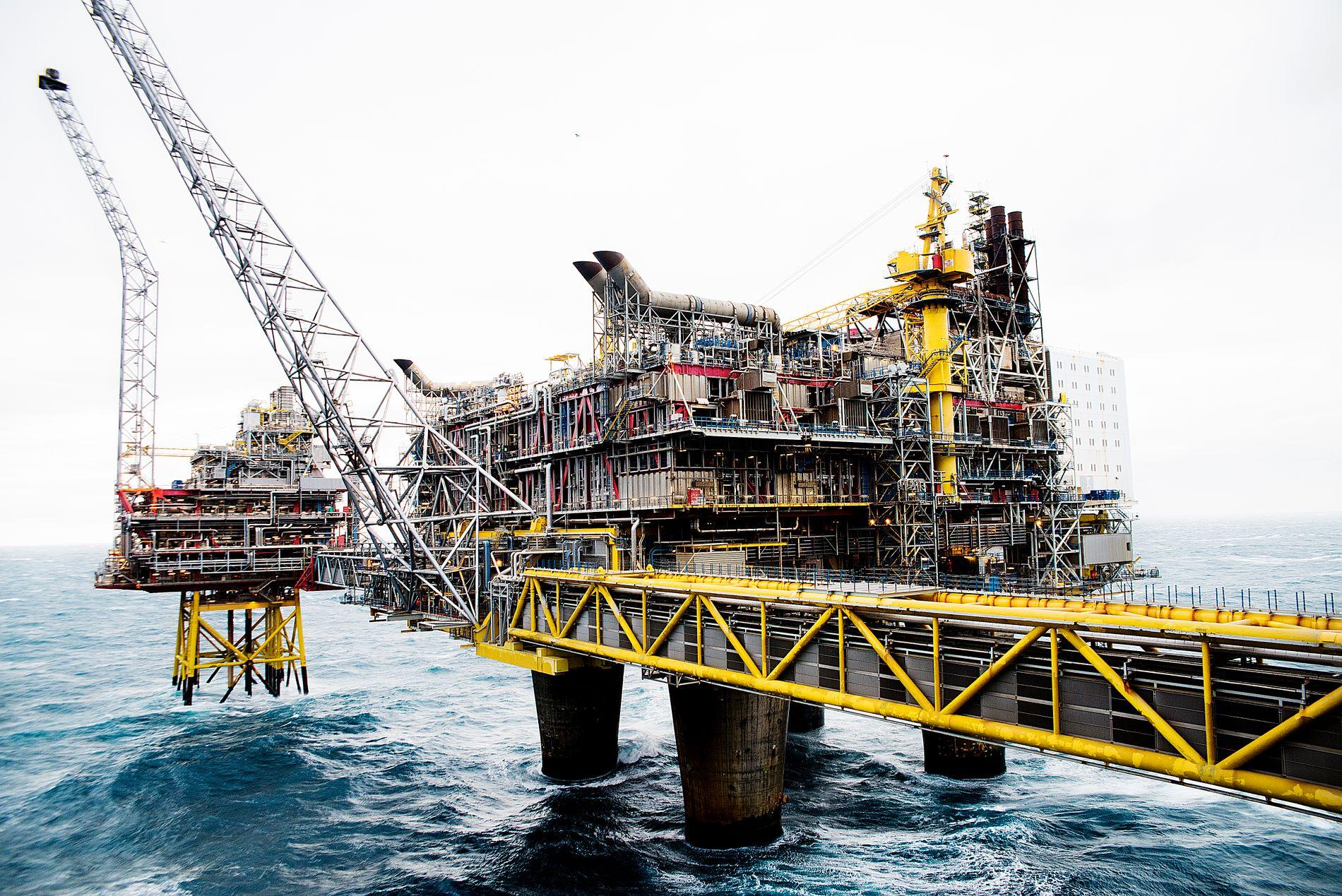 FORSKJELL:  Ap og Høyre er enige om de lange linjene i petroleumspolitikken, forskjellen i denne runden er at noen i Ap mener at staten ikke burde betale oljeselskapenes utgifter for å lete etter fossile energikilder, skriver innsender.