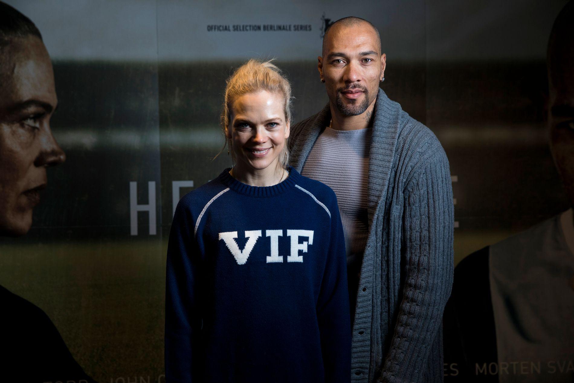 FOTBALLSERIE: Ane Dahl Torp og John Carew har sentrale roller i serien.