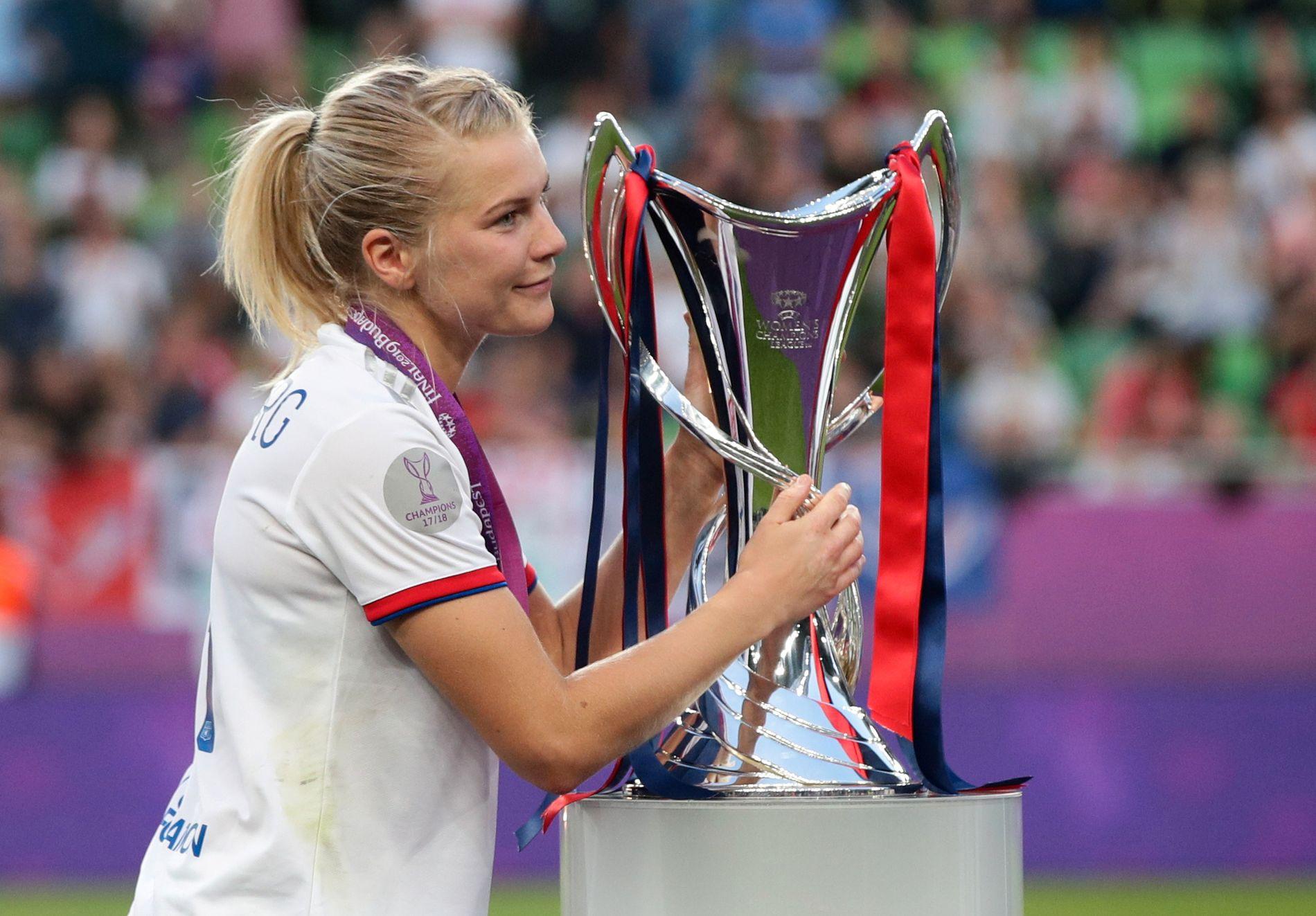 Ada Hegerberg vant i mai sitt fjerde Champions League-trofé på rad.