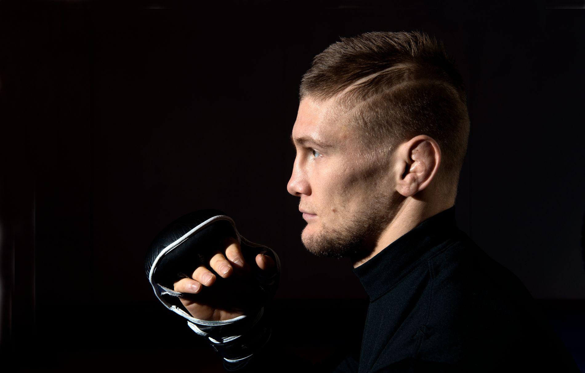 VIL TIL UFC: Alexander Jacobsen har vunnet åtte strake MMA-kamper. Nå vil han ha innpass i verdens største MMA-organisasjon, UFC.