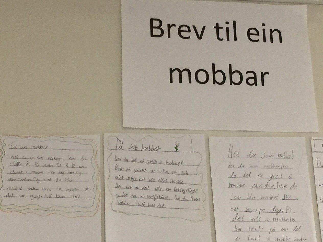 På veggen i en vestlandsskole hang det for kort tid tilbake «Brev til ein mobber», skriver innsenderne.