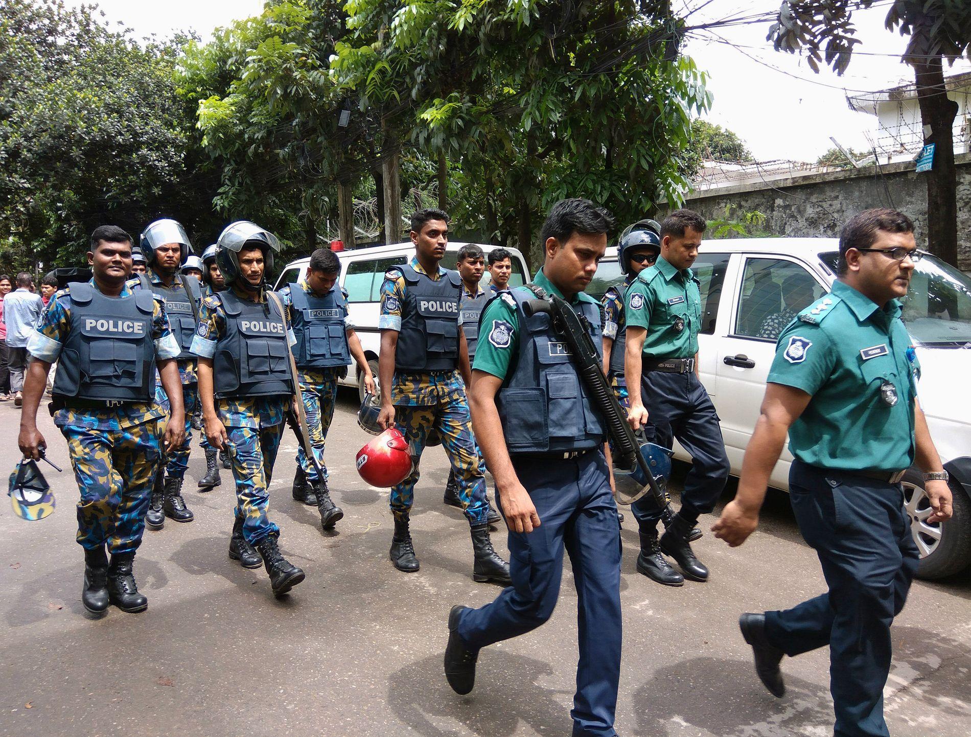 DREPT: 20 utlendinger ble drept i terroraksjonen mot restauranten i Dhaka.