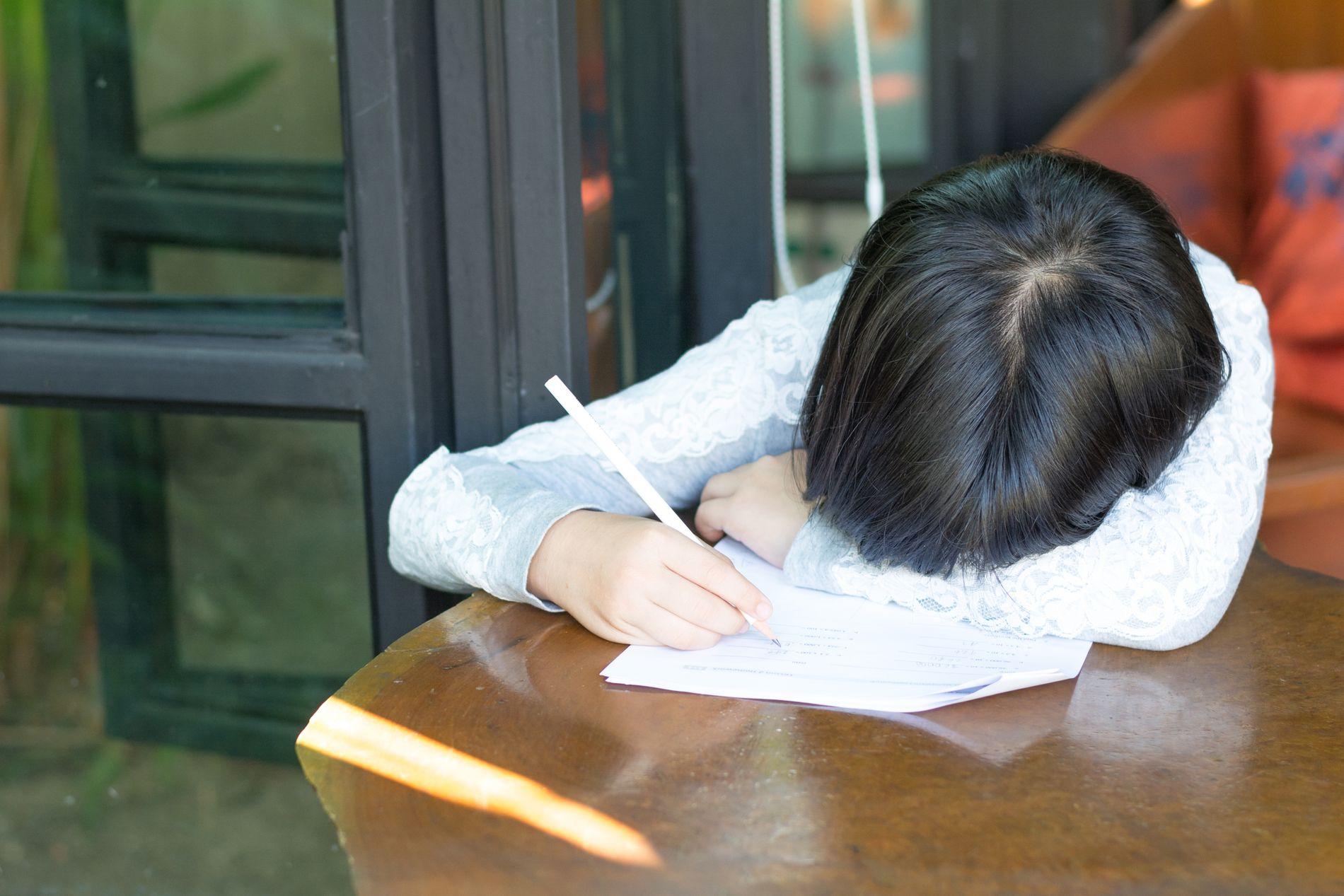 FEIL BÅS: Dyslektikere er ikke dumme, selv om noen plasserer dem i feil bås og tar fra dem den gode starthjelpen de tidligere fikk på skolen, skriver innsender.