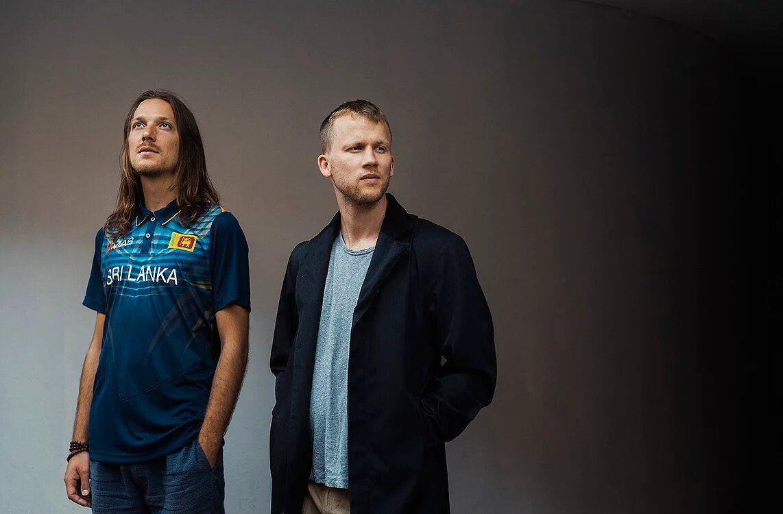 SPREK DUO: Poet Fredrik Høyer og musiker Bendik Baksaas spiller/leser/roper/improviserer på Poesidigg på Cornerteateret.