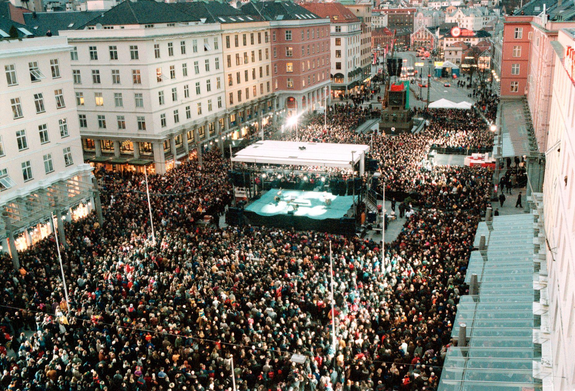 KULTURBY: 2000 var det store kulturbyåret for Bergen. Her fra åpningsfesten.
