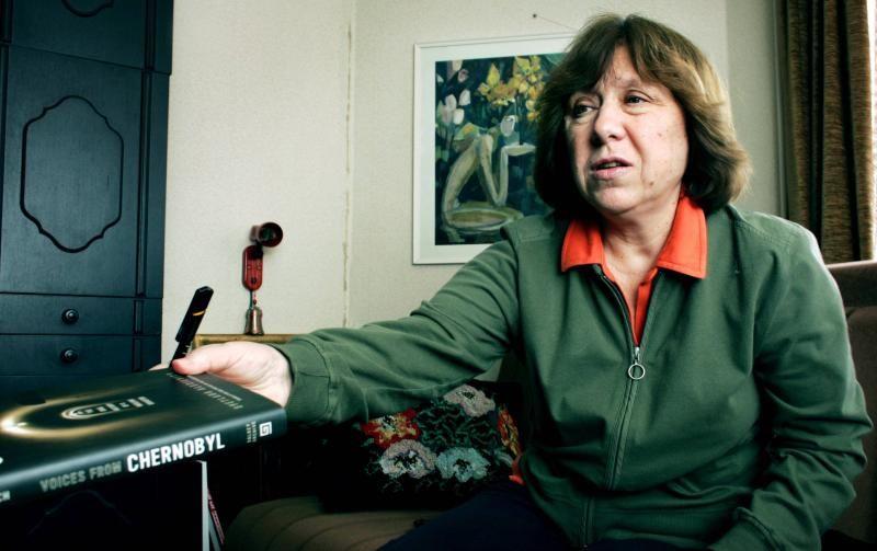 HAR UNDERSKREVET: Forfatter Svetlana Aleksijevitsj, som fikk nobelprisen i litteratur i 2015, er en av de 28 som har underskrevet oppropet mot høyrepopulisme og nasjonalisme i EU.