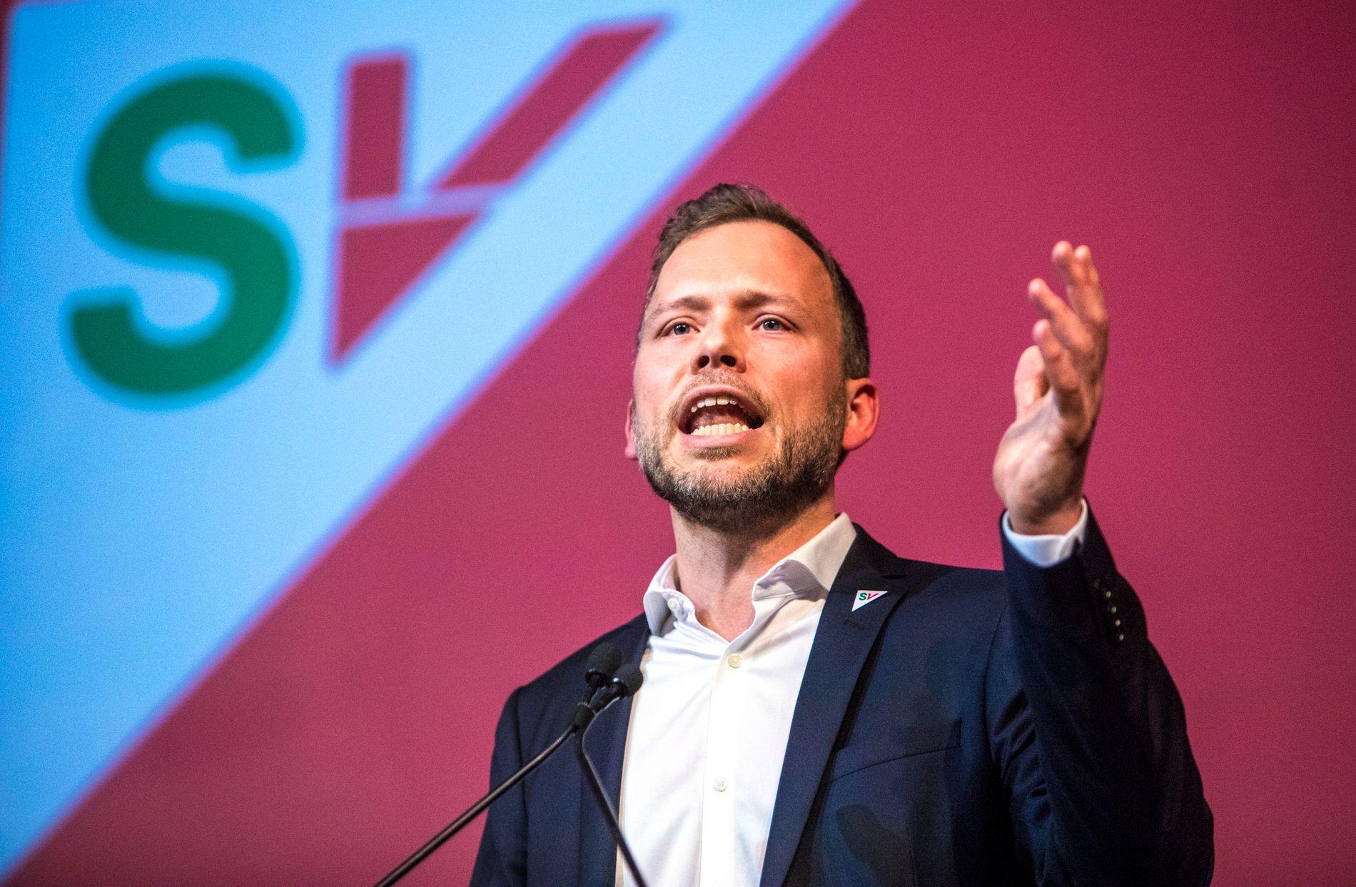 TRAMPEKLAPP: Audun Lysbakken har gått frå zero til hero som SV-leiar. I sin landsmøtetale spøkte han til og med med sperregrensa.