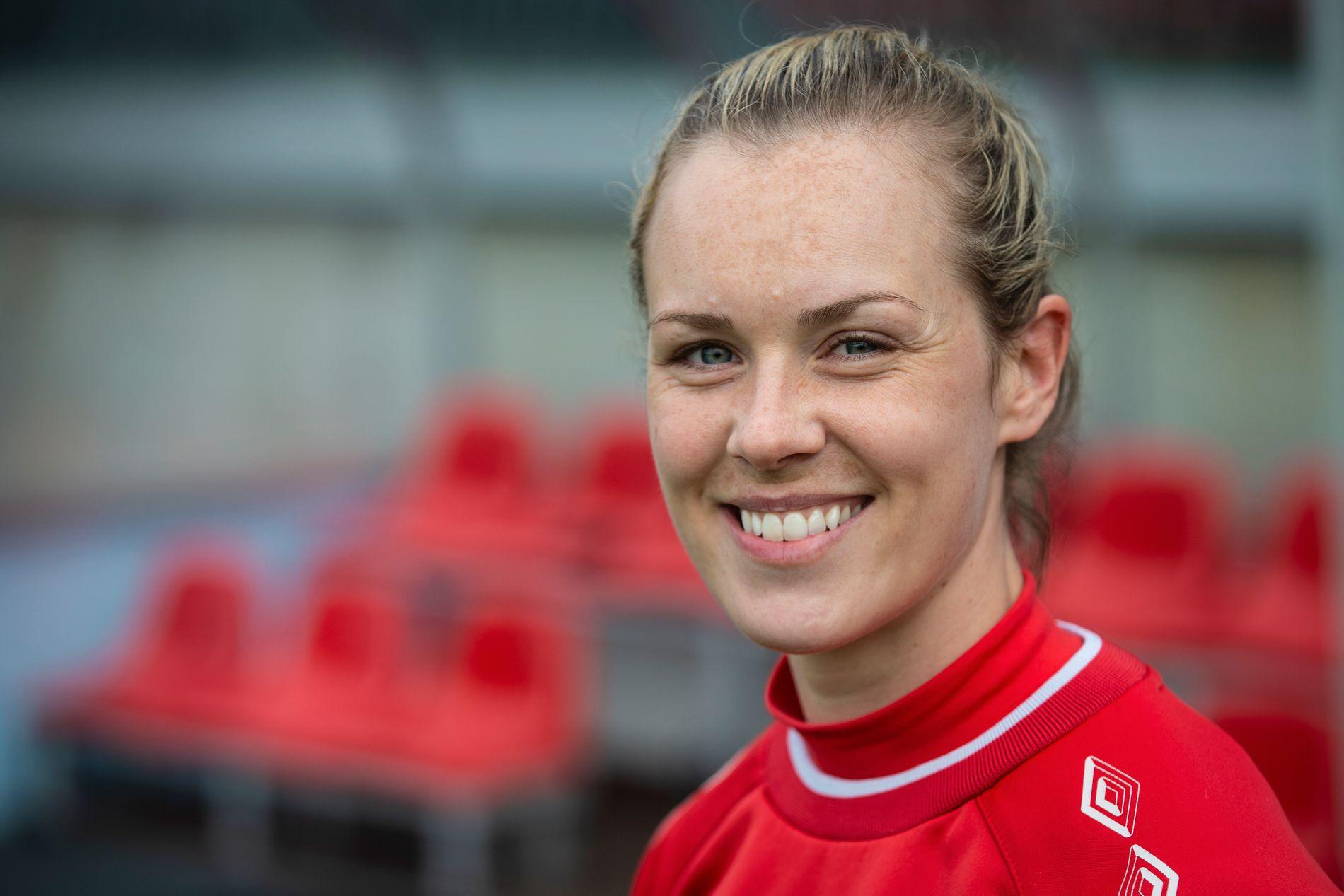 TIL ITALIA: Sandviken-kaptein Stine Hovland var en del av den norske troppen i fotball-VM i Frankrike.