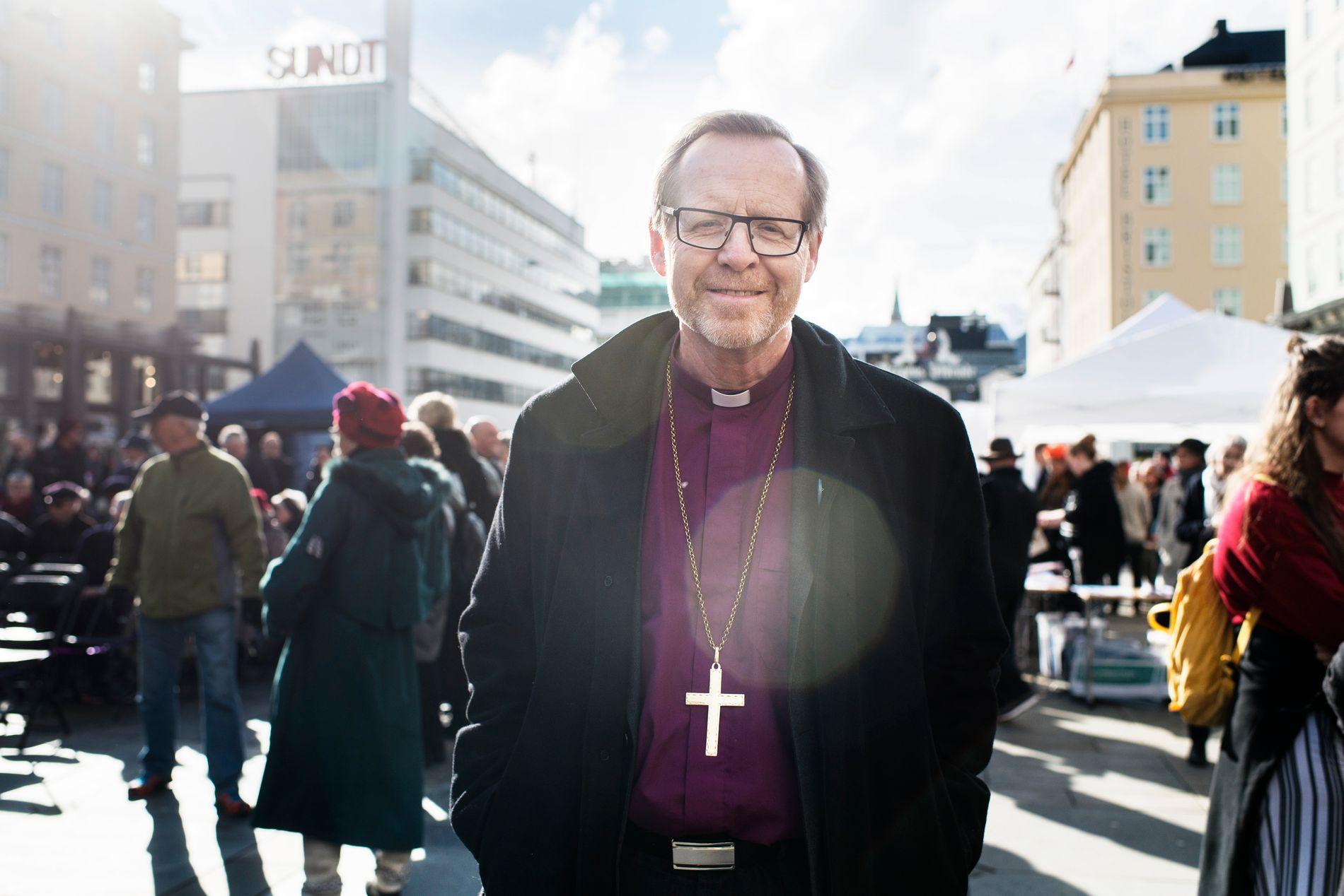 TAL: Sidan artikkelen i BT tek for seg Bergen og Sogn og Fjordane, vil det vera rimeleg å nytte tal for Bjørgvin, skriv biskopen.