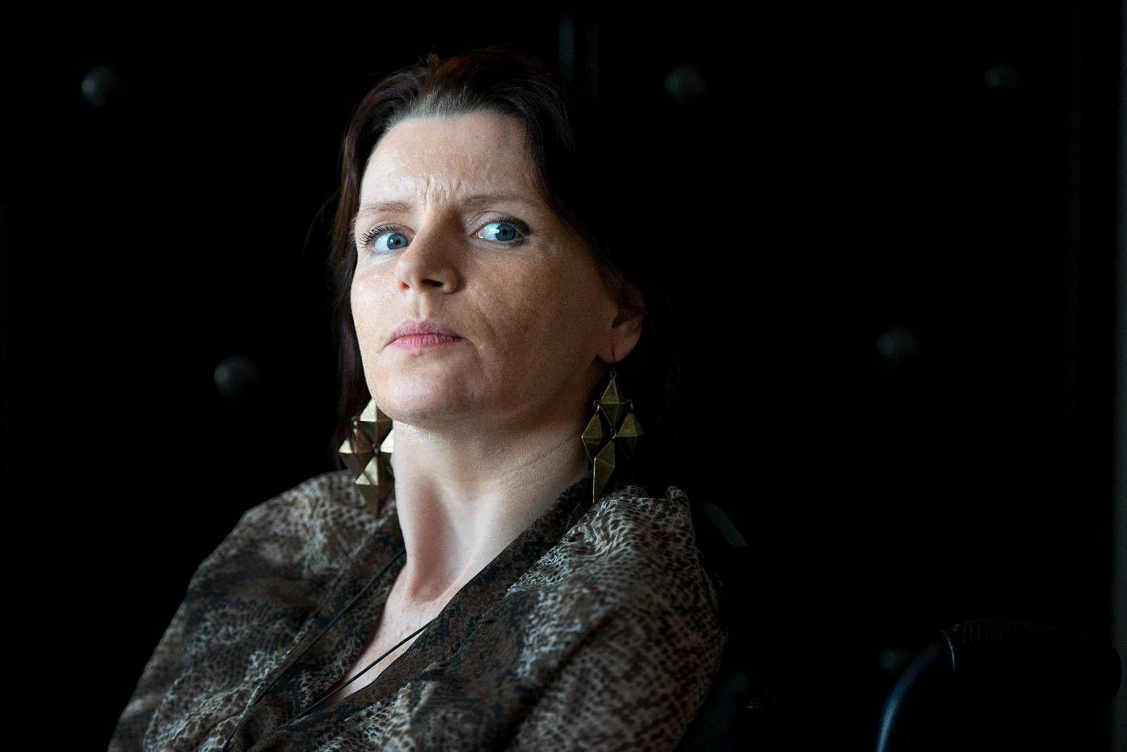 MODIG: De siste 13 årene har Janne Lothe Eliassen bodd i bokollektiv på Midtbygda sjukehjem. Hun er hjerneskadet, og avhengig av rullestol.