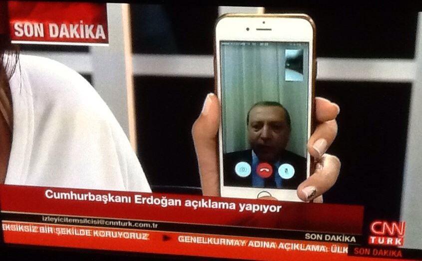 AVVISER KUPP: President Recep Tayyip Erdogan i Tyrkia er blitt intervjuet av CNN Türk.