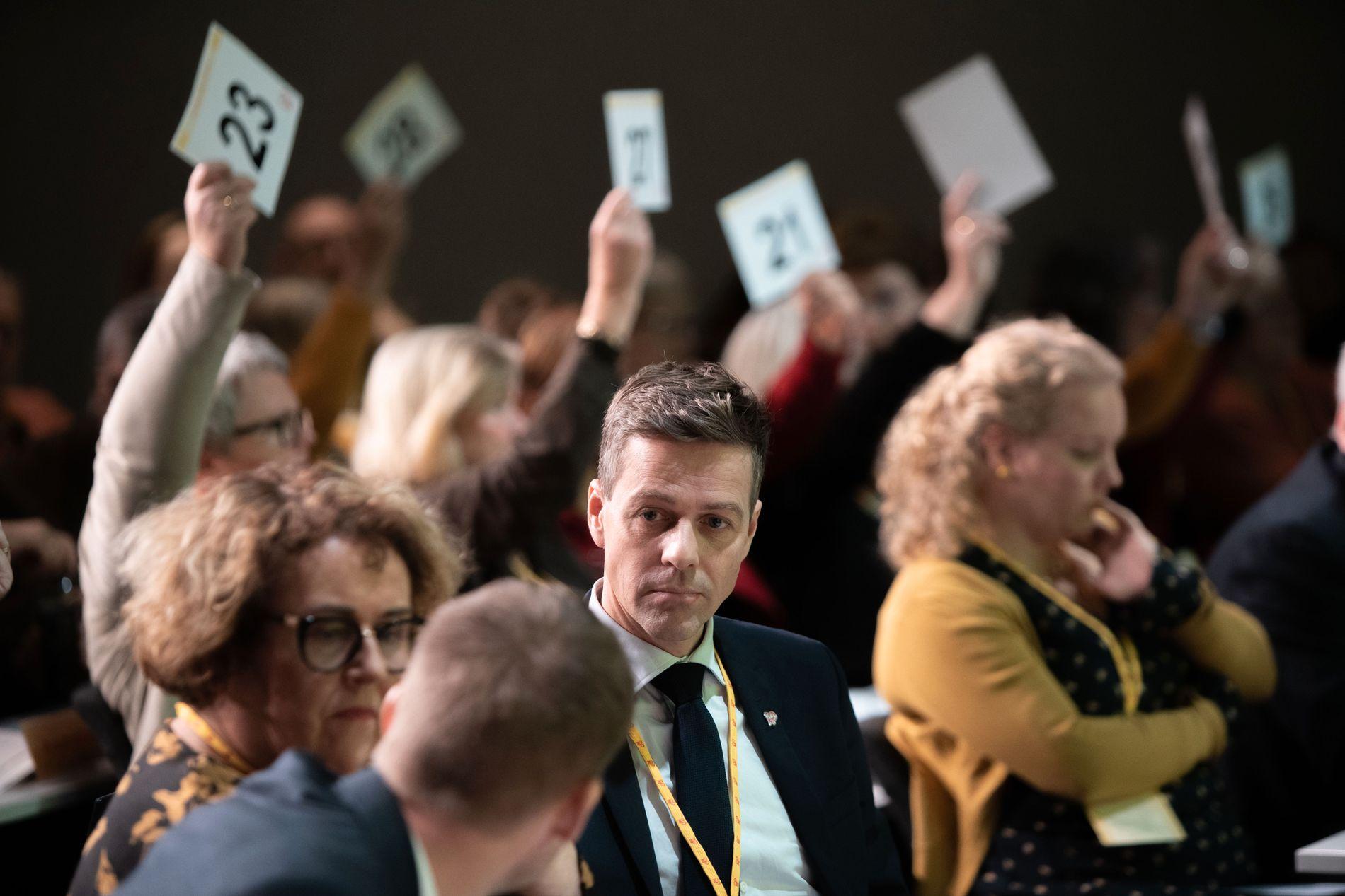 TAPTE: Avstemningen på KrFs ekstraordinære landsmøte endte med 98–90-seier til «blå» side. To stemte blankt.