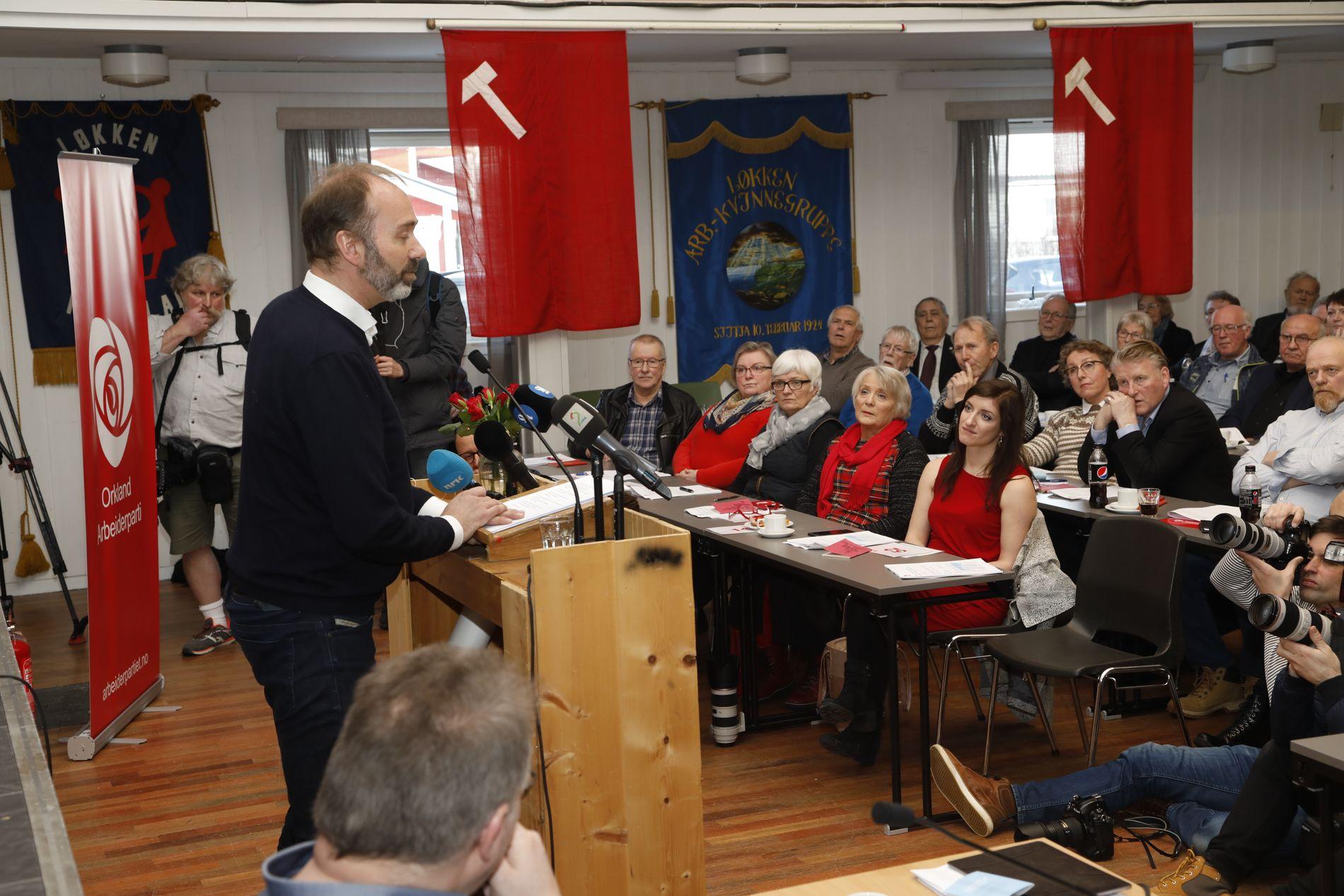 DEN BORTKOMNE SONEN: Trond Giske gjorde offentleg comeback då han talte til partifellar i Orkanger i februar. Denne helga utnemnde fylkespartiet i Trøndelag Giske til å leie ei ny ideologisk utgreiing.