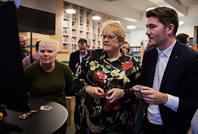 DATASPILLMINISTEREN: Kulturminister Trine Skei Grande (V) var i Bergen i forrige uke, for å lansere regjeringens nye dataspillstrategi. «Alt i alt er dataspillstrategien et godt utgangspunkt for å utvikle en spennende bransje med stort potensial», mener BT.