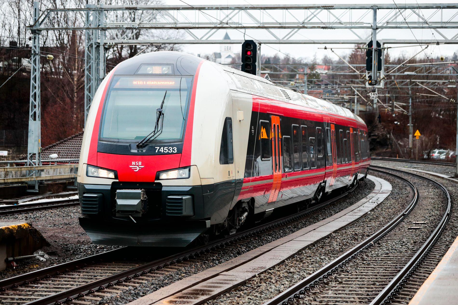 – FORNUFTIG: Ifølge Aftenposten kaster Bane Nor om på jernbaneplaner for å kutte kostnader i Intercity-utbyggingen. Det fornuftig.