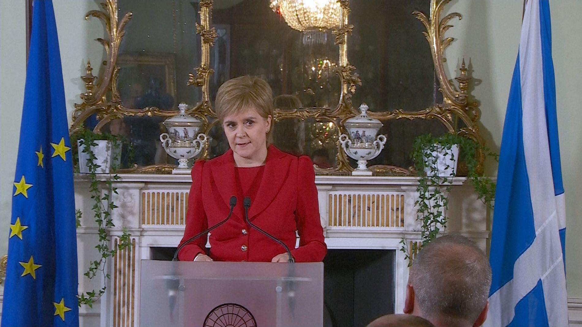 EU-TILHENGER: Skottlands regjeringssjef, Nicola Sturgeon, mener det er svært trolig at det vil bli avholdt en ny folkeavstemning om Skottlands uavhengighet.
