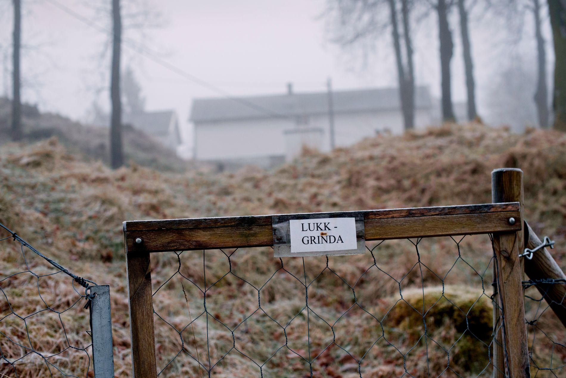 FENGSEL: Eg såg for meg at han hadde utsikt over gjerda frå cella si, sånn at han kunne sjå utover fridommen han ikkje hadde, skriv deltakaren i BTs skrivekonkurranse «Historier frå Bergen fengsel». Bilete er frå Ulvsnesøy fengsel på Osterøy.