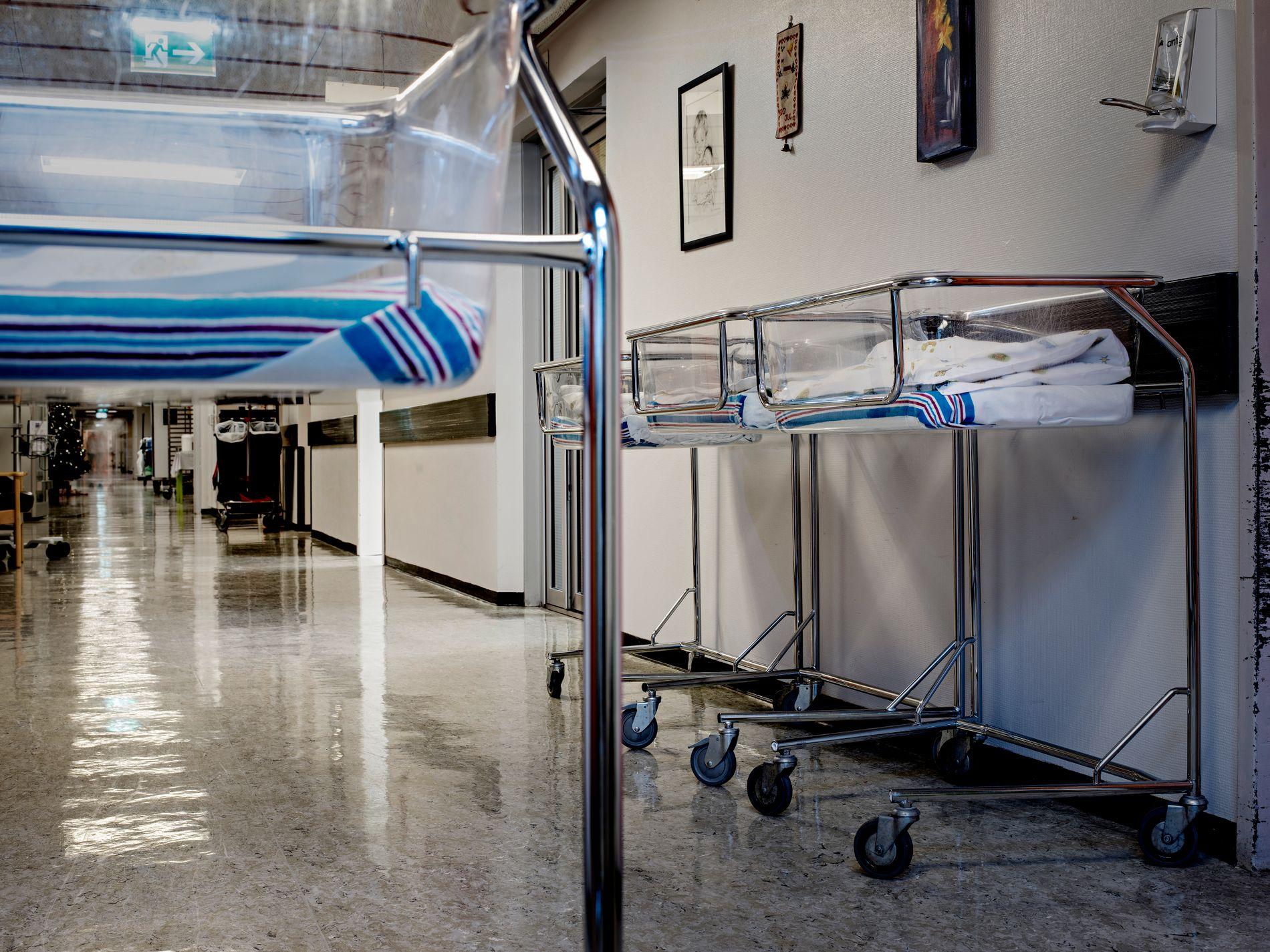 SAMLEBÅND: Kvinneklinikken i Bergen tar imot nær 5000 fødsler i året. Oppfølgingen på så store enheter kan raskt minne om en fabrikk, skriver innsenderne.