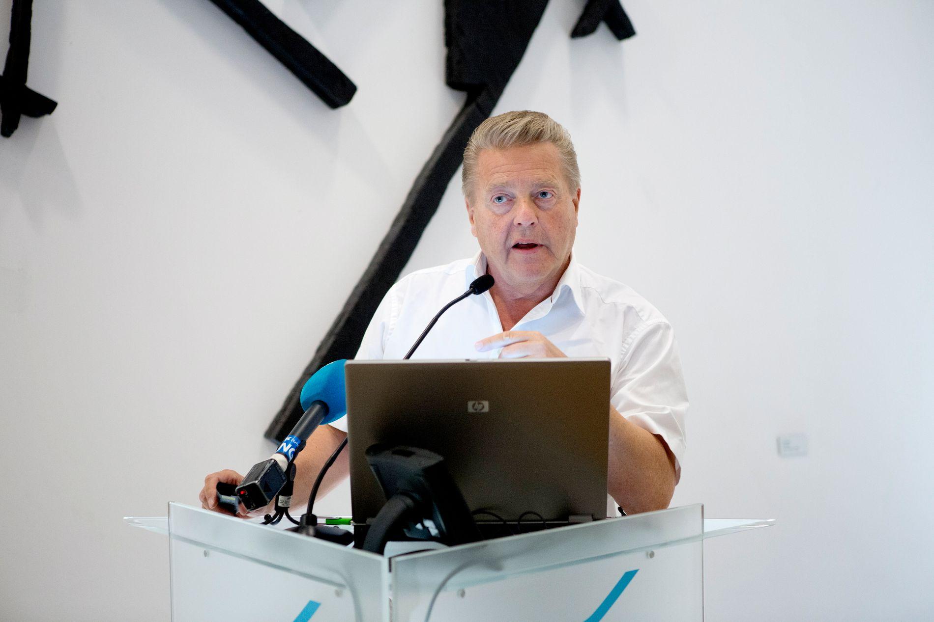 STATUS QUO? Børre Rognlien, president i Norges Idrettsforbund, tror ikke på de store omveltningene for idretten med ny regjering.