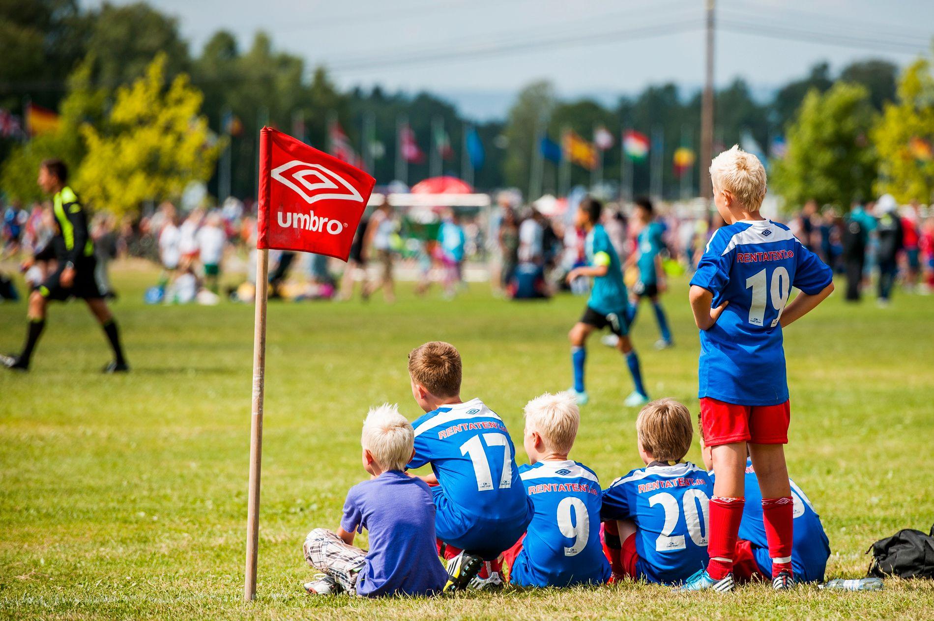 NFF mener man bør fortsette med egne jente- og guttelag i barnefotballen.