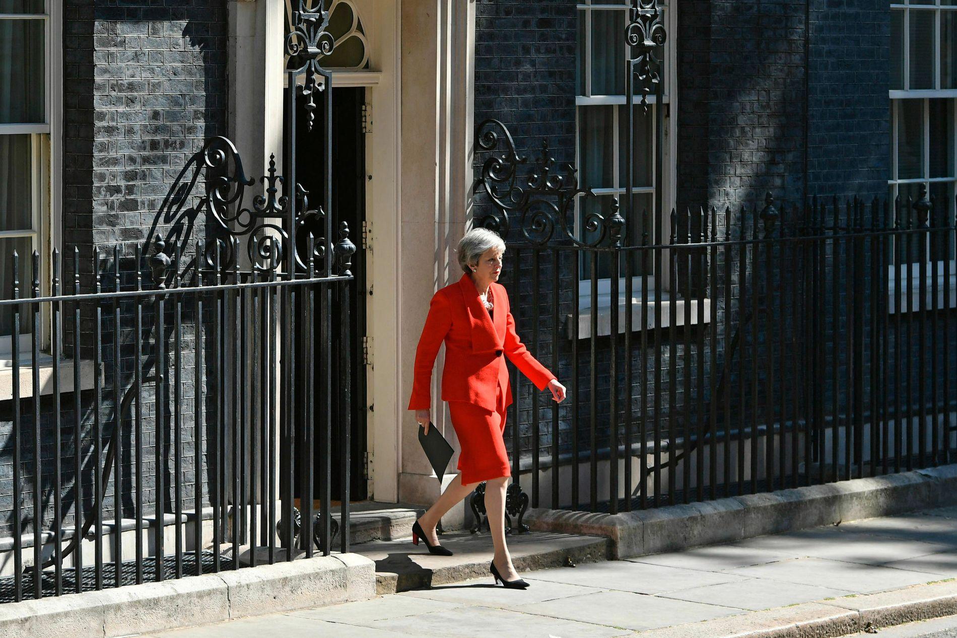 GÅR AV: – Theresa Mays største prestasjon var å forhandle fram ein avtale med EU som knapt nok nokon andre enn ho sjølv likar, skriv Morten Myksvoll.
