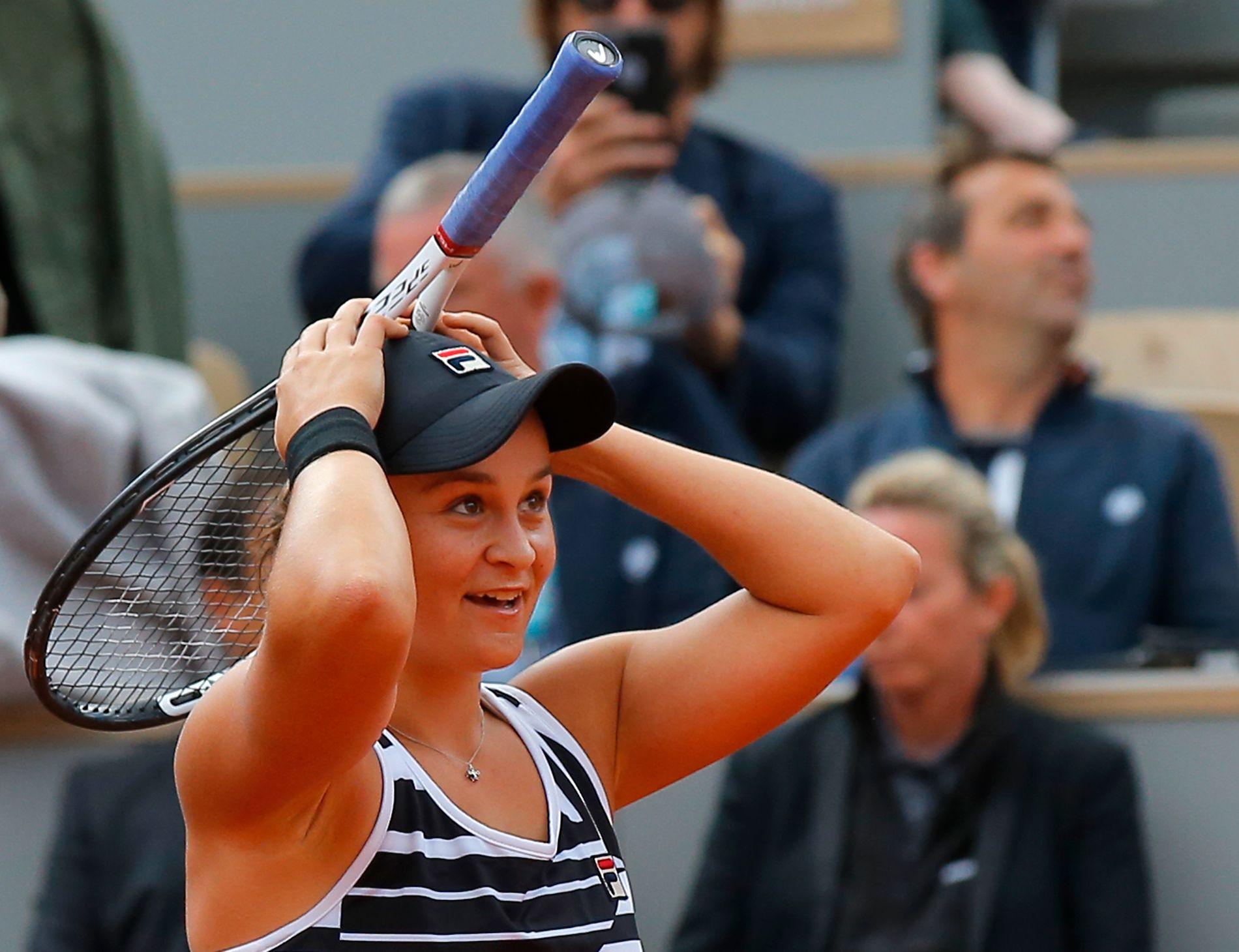 Ashleigh Barty seiret mot Markéta Vondrousova i Roland-Garros-finalen lørdag.