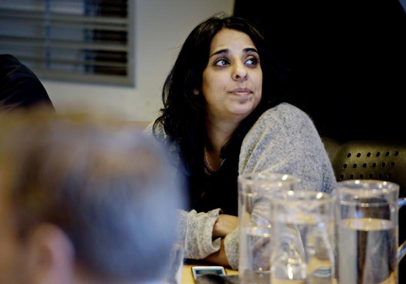 FEIE FOR EGEN DØR: Aps gruppeleder i Bergen, Lubna Jaffery, mener Frps angrep på byrådet står til stryk.
