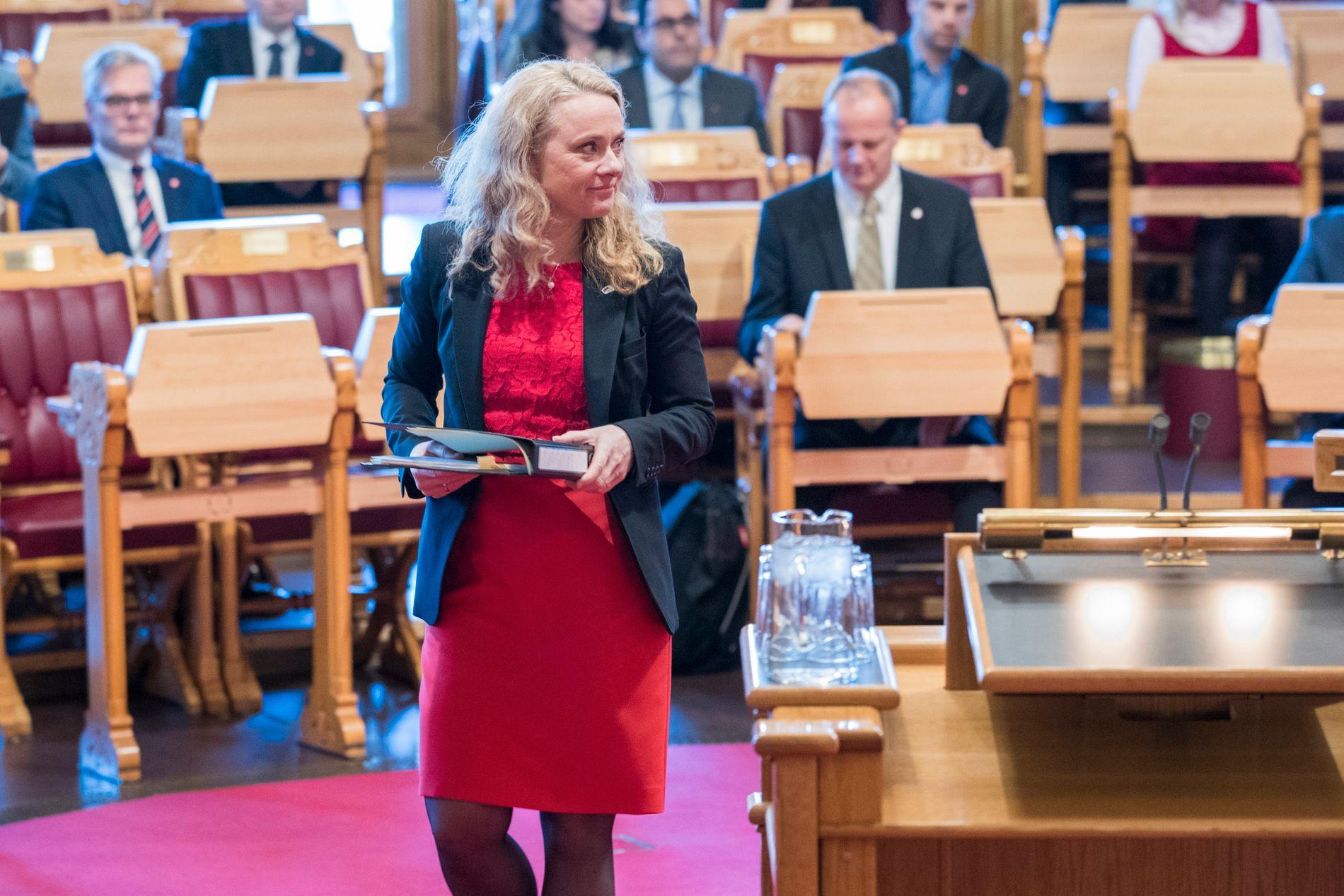PÅ GANG: Arbeidsminister Anniken Hauglie (H) har tatt initiativ til nye forhandlingar om den offentlege tenestepensjonen. Dei byrjar truleg ut på nyåret.