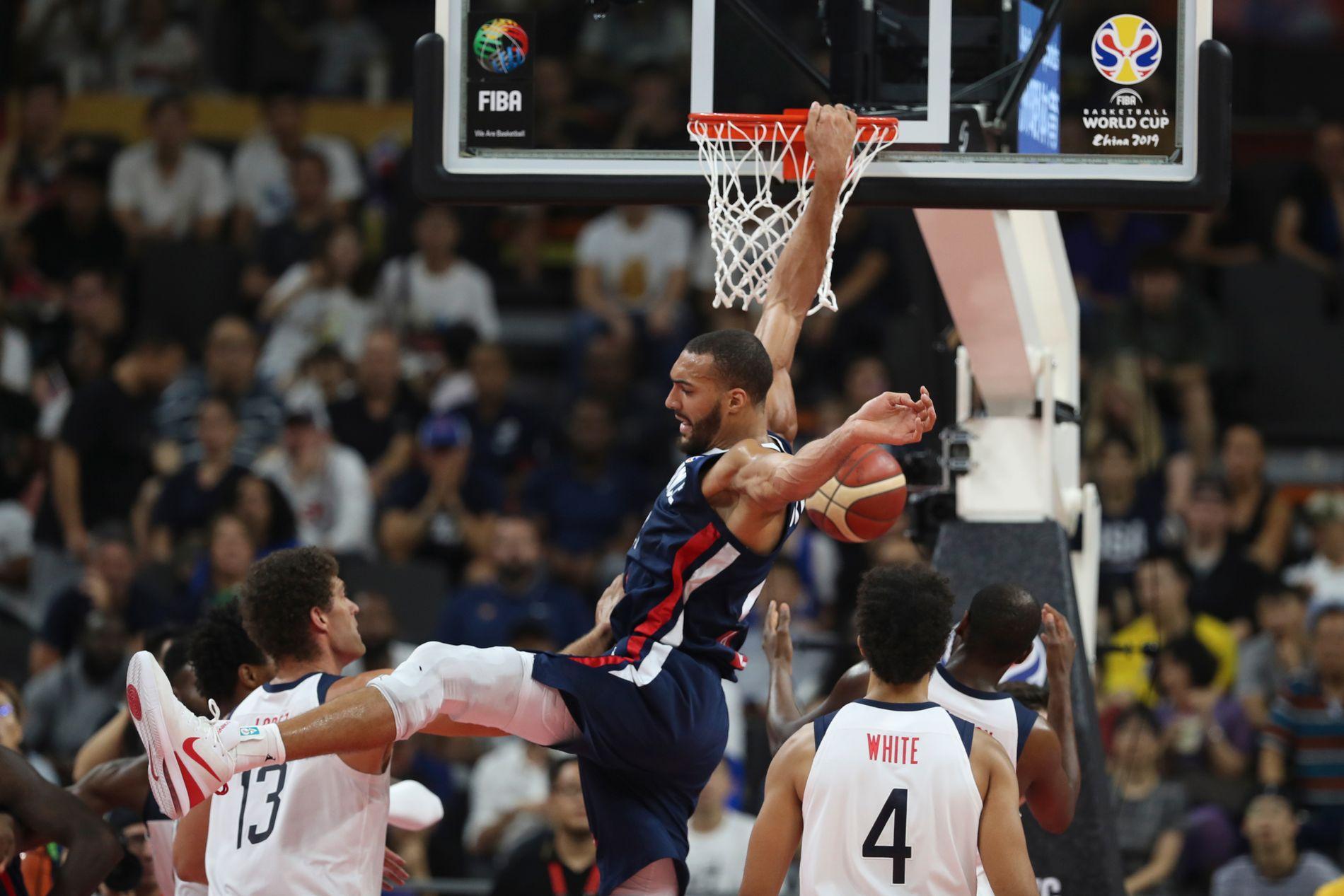 USAs basketballherrer ble ydmyket i kvartfinalen under VM i Kina.