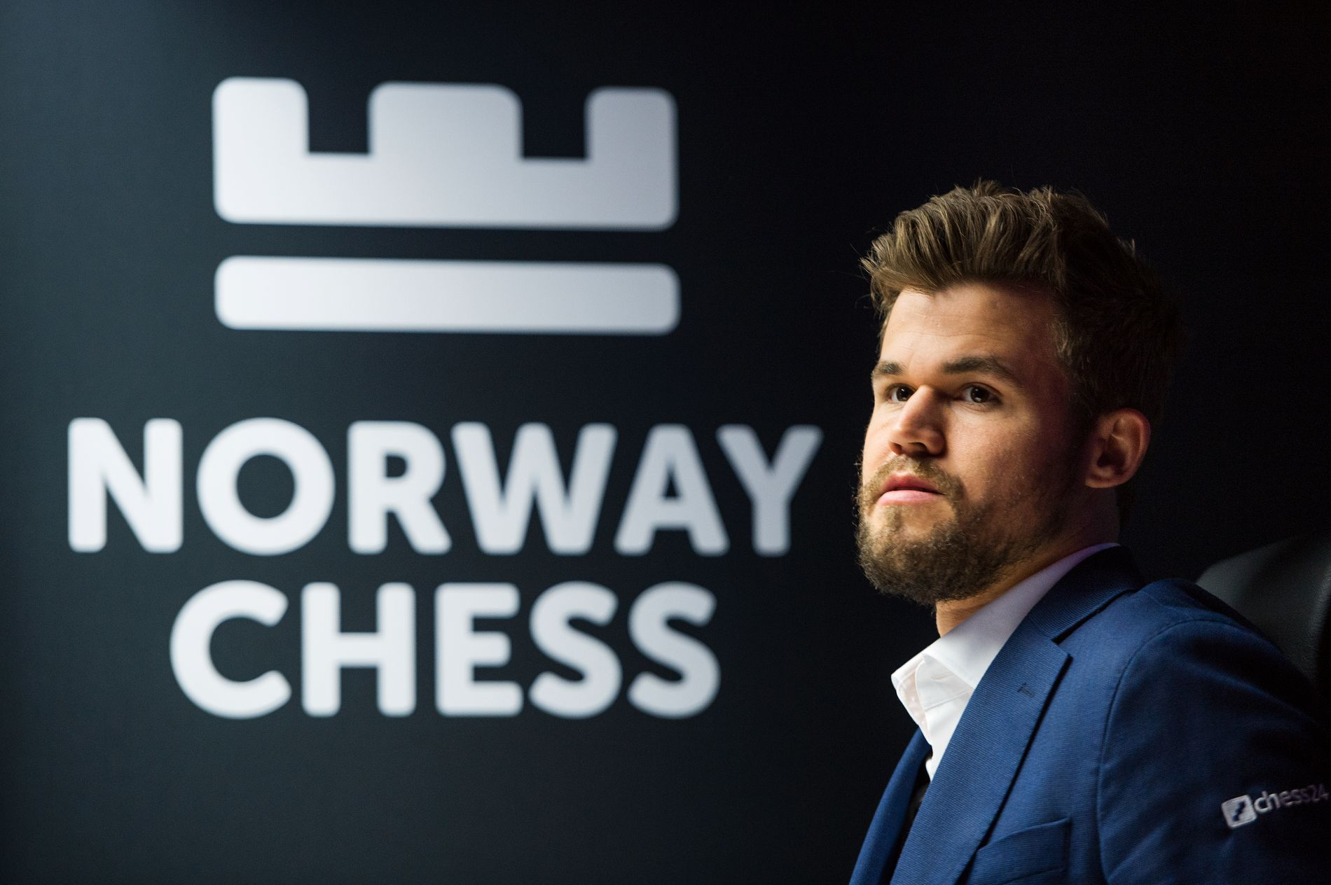 Magnus Carlsen har den siste tiden satt ytterligere fyr på debatten rundt norsk sjakks samarbeidsplaner med en utenlandsk spillgigant.