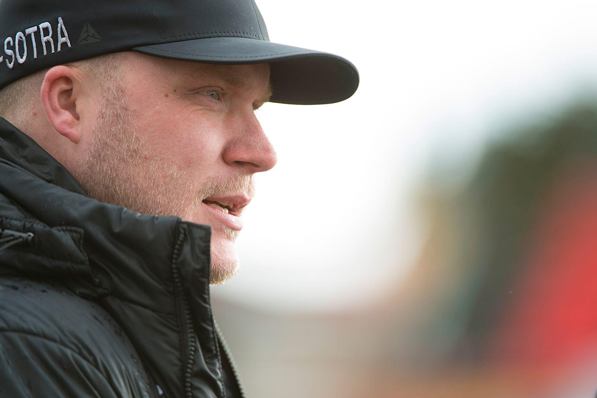 MISTER POENG: Nest-Sotra og trener Steffen Landro fratas ett poeng på grunn av økonomiske forhold.