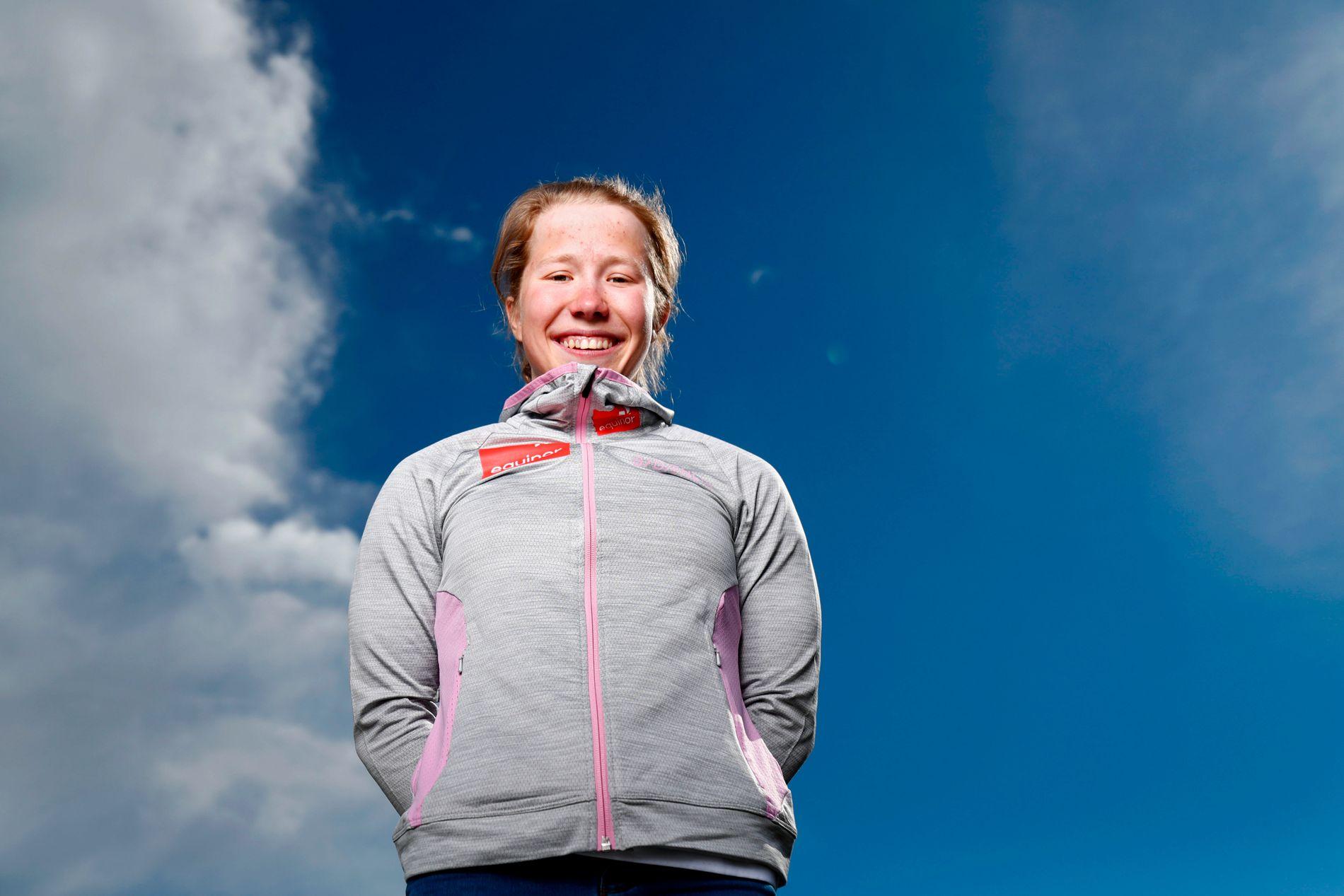 Helene Marie Fossesholm er et stort talent i to idretter. Til vinteren kan hun bli å se i verdenscupen i langrenn.