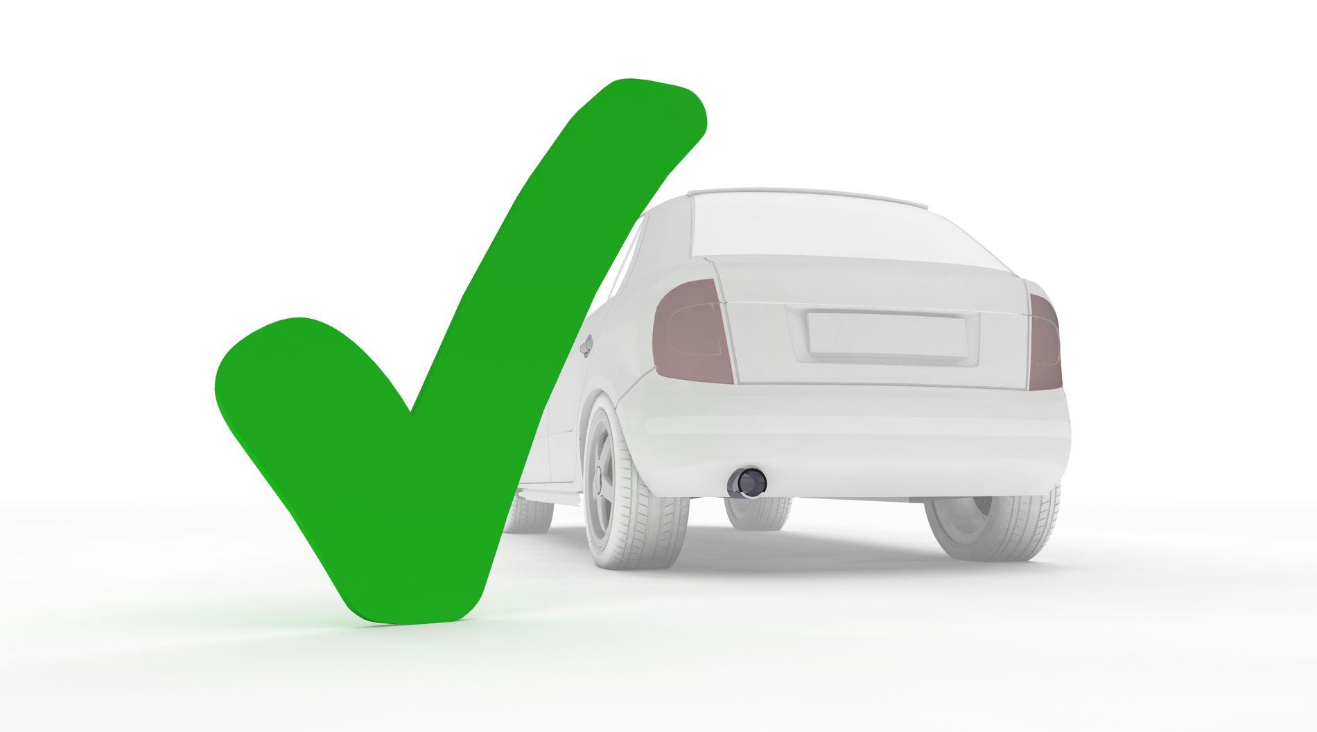 RASK SJEKK: Du bør undersøke to ting på bilen før du drar på tur, mener innsenderen. Illustrasjon: Pixel-3D / Shutterstock / NTB scanpix