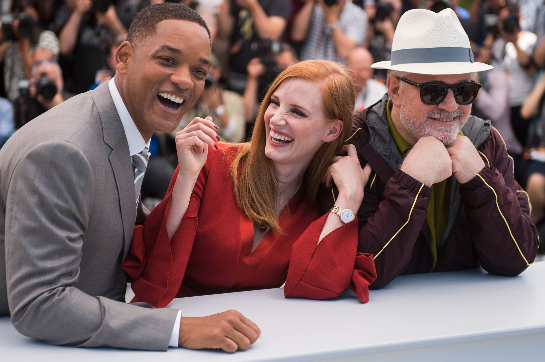 SAMMEN: Will Smith, Jessica Chastain og Pedro Almodóvar skal se og diskutere film sammen idé ti neste dagene.