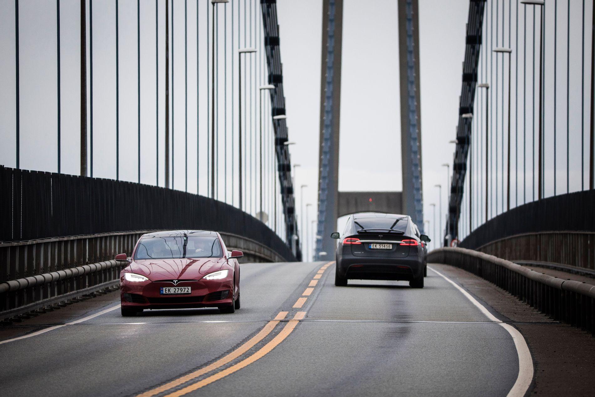 POPULÆR: Sjølv om reklama skryt av at Tesla er meir populær enn før, kan vi ikkje seie at teslaen kjem til å utkonkurrere alle andre bilmerke med det første, skriv innsendar.