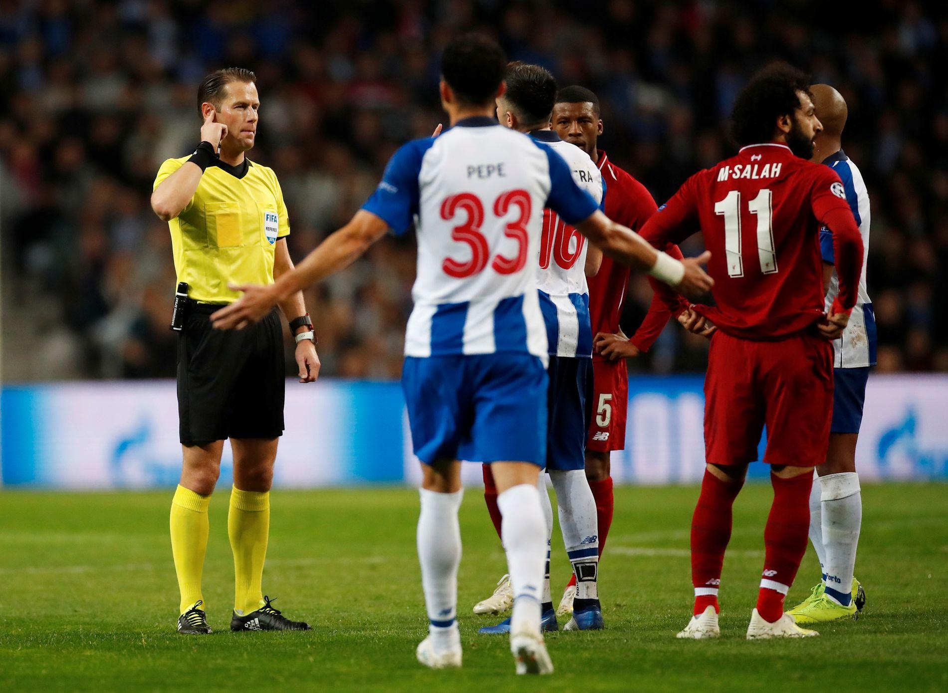 Dommer Danny Makkelie måtte ha hjelp fra VAR. Til slutt godkjente han målet som fjernet all tvil: Liverpool er i semifinalen.