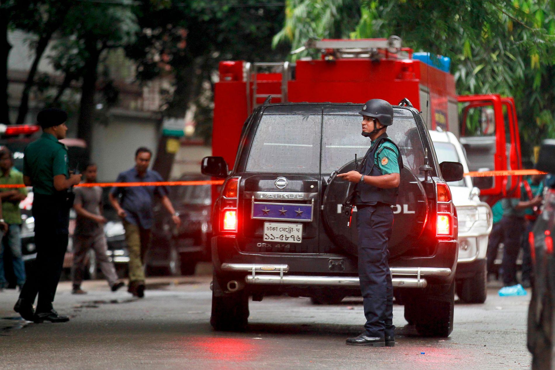 AKSJON: Sikkerhetsstyrkene grep inn lørdag morgen.
