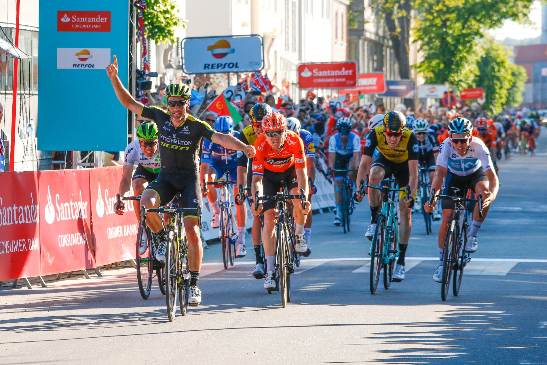 Så nære var Kristoffer Halvorsen å vinne Tour des Fjords-etappen i Kristiansand i 2018. Nå får han en ny sjanse til å vinne spurten i Tresse under neste års NM i Kristiansand.