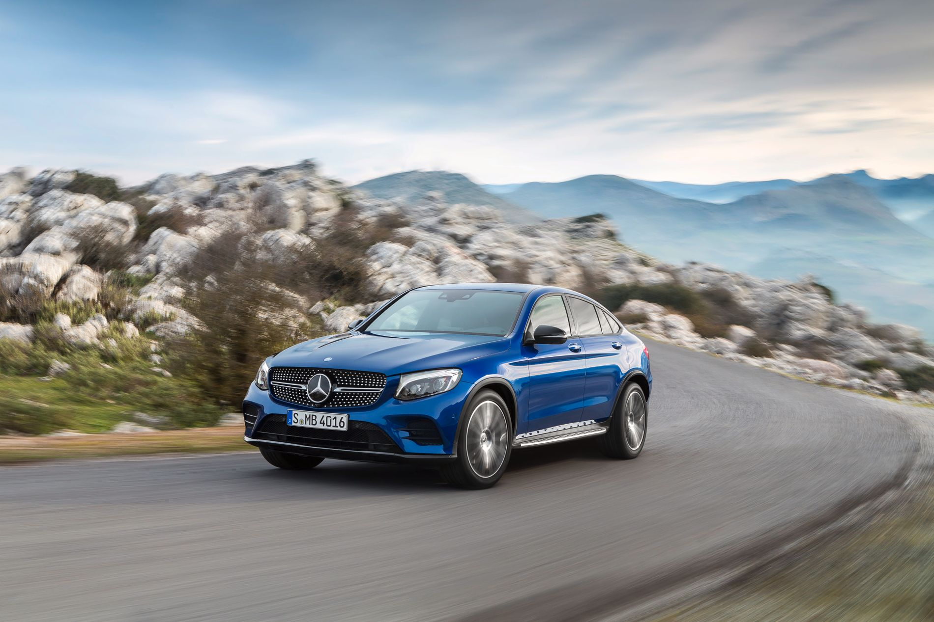 HØY FART: Mercedes-Benz selger som aldri før, blant annet på grunn av SUV-ene, slik som GLC Coupé.