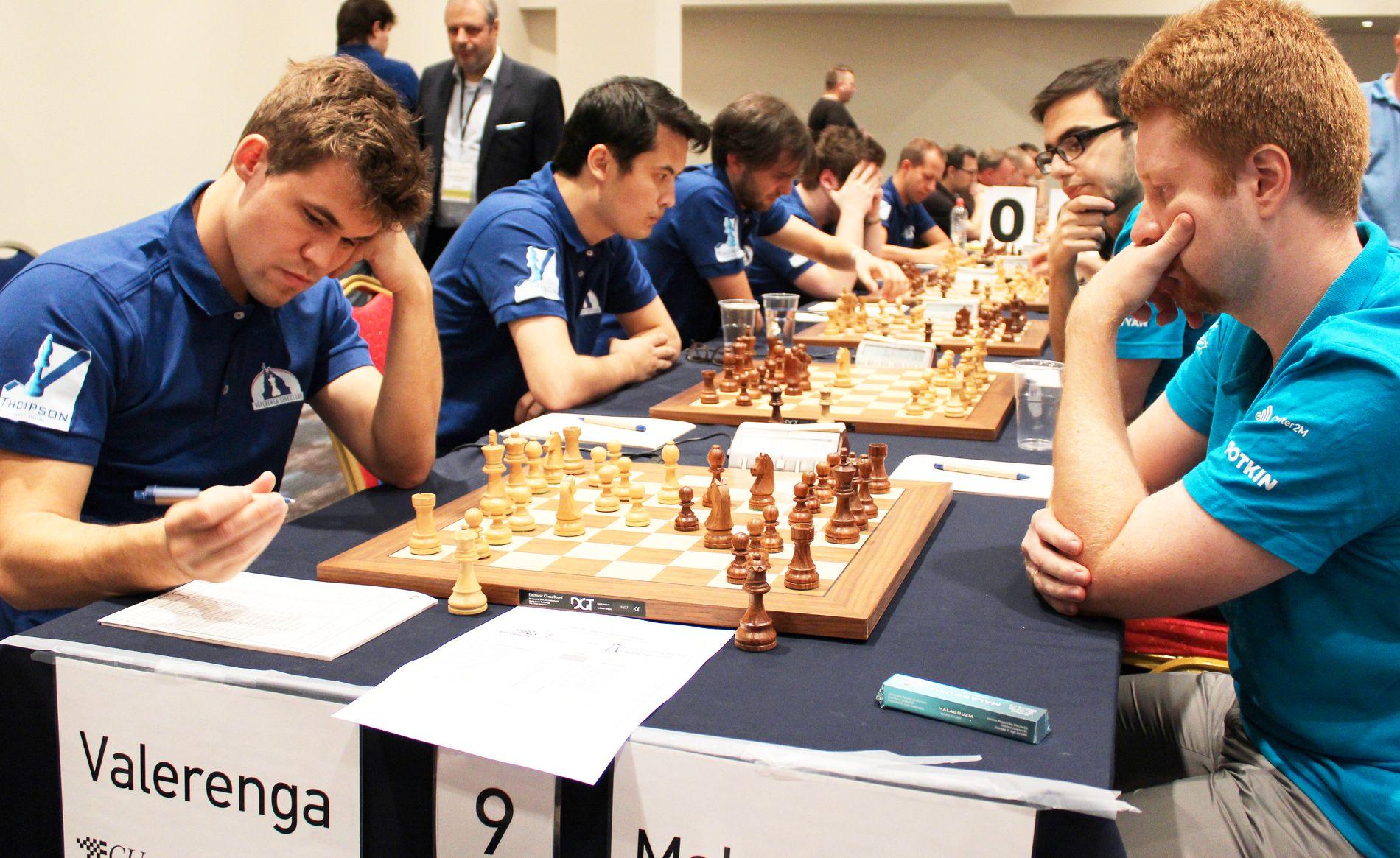 Magnus Carlsen debuterte for Vålerenga med seier over Vladimir Potkin lørdag. Etterpå har Carlsens shorts skapt debatt.