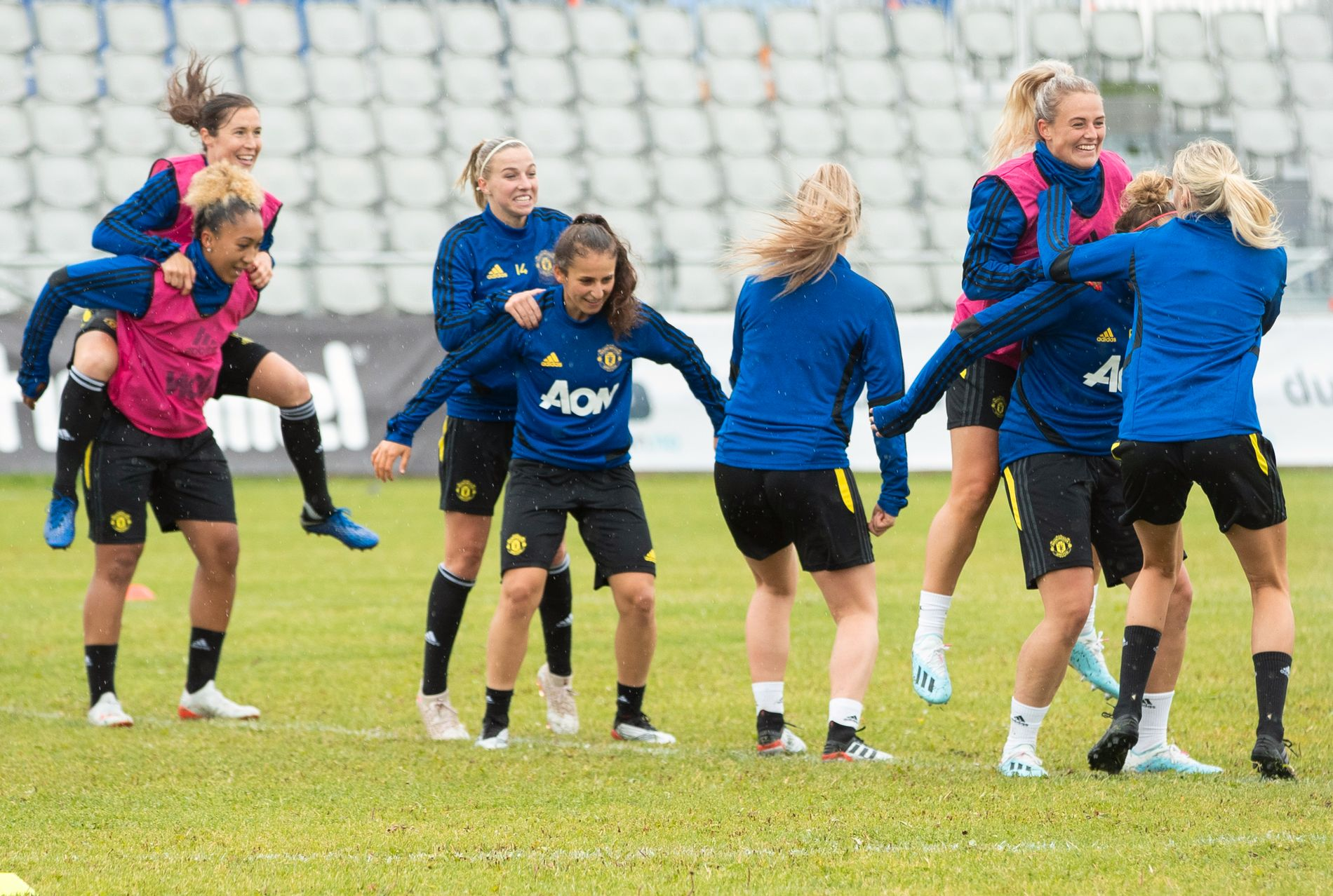 Det var god og leken stemning blant Manchester United-spillerne før oppgjøret mot Vålerenga.